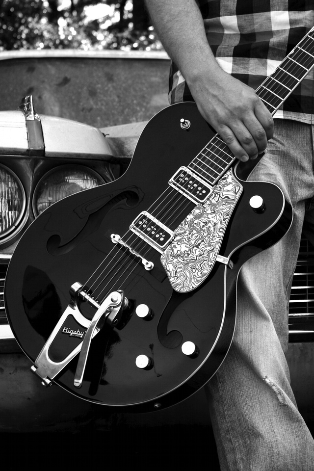 A Dark Guitar 3W A Dark Guitar
