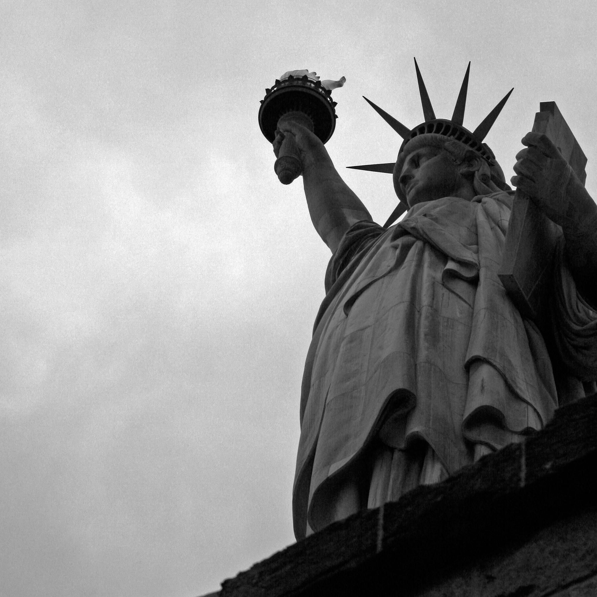Statut de la liberte 3 Wallpapers iPad Statut de la Liberté   iPad