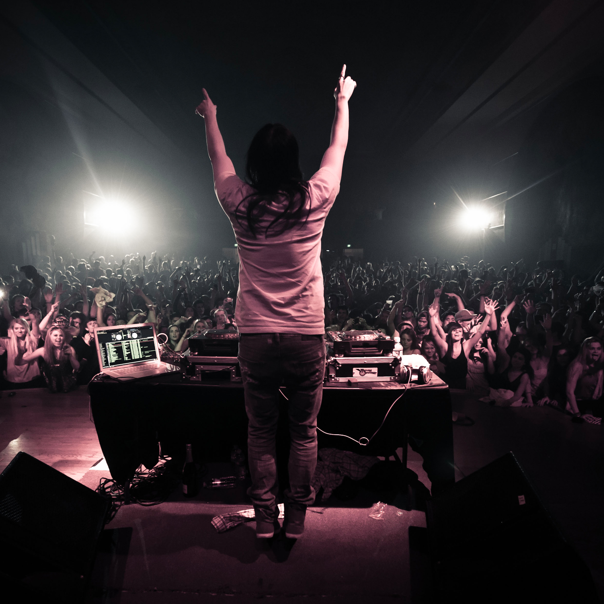 Steve Aoki 3 Wallpapers iPad Steve Aoki   iPad