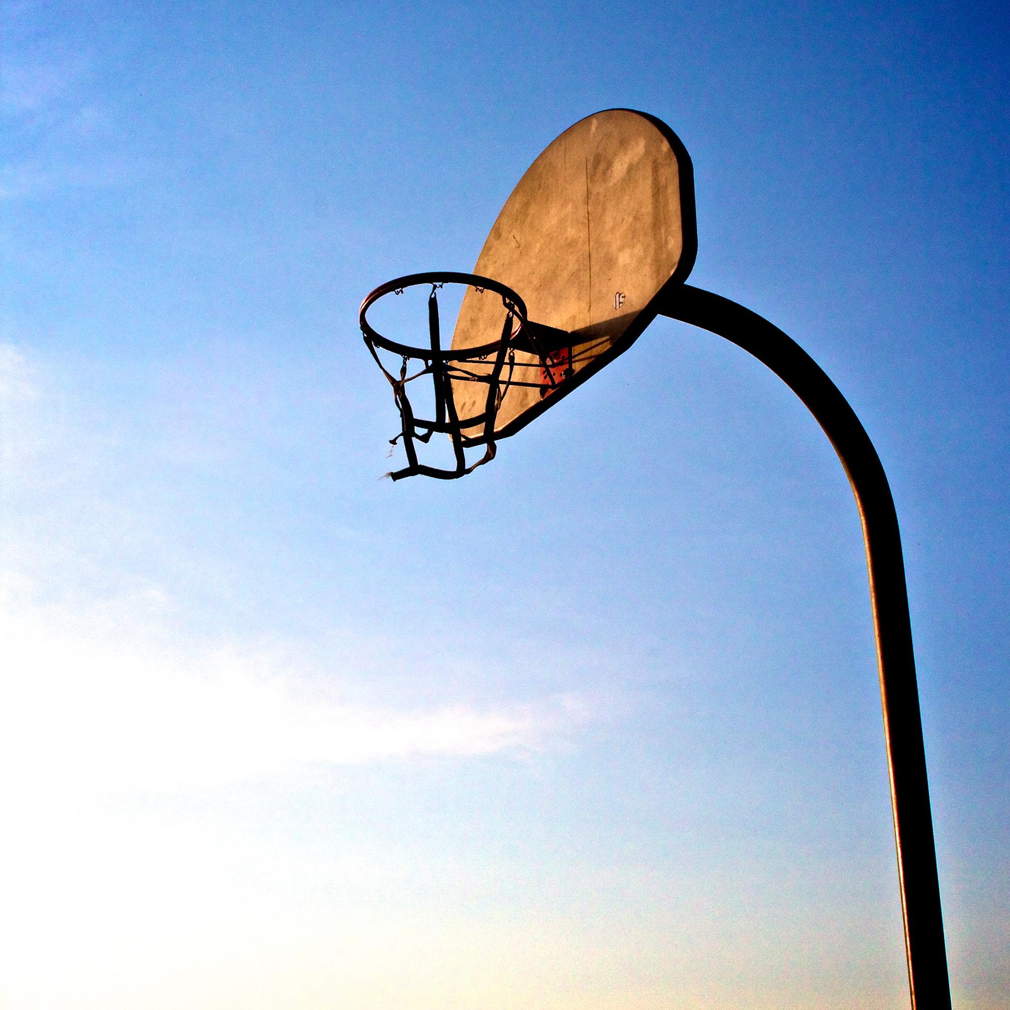Basket_in_the_Sky_3Wallpapers_iPad