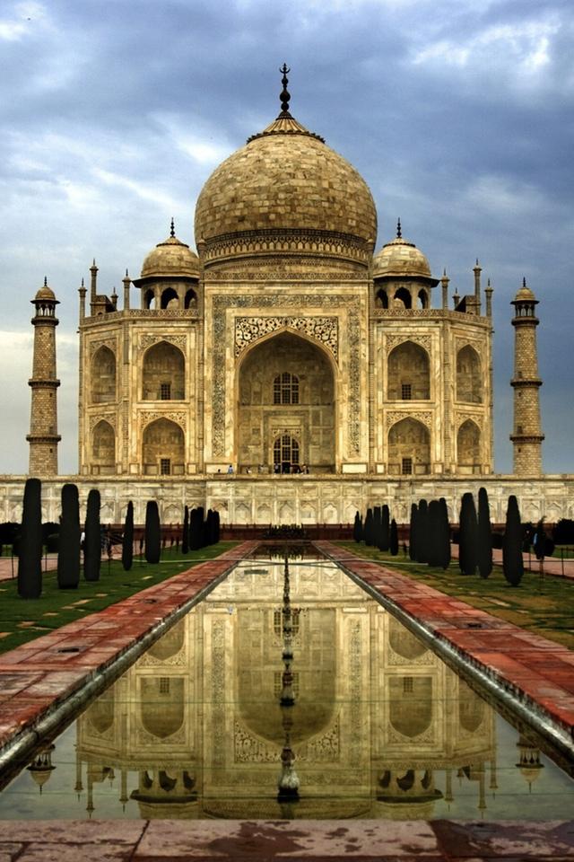 Le Taj Mahal 3W.jpg  Le Taj Mahal
