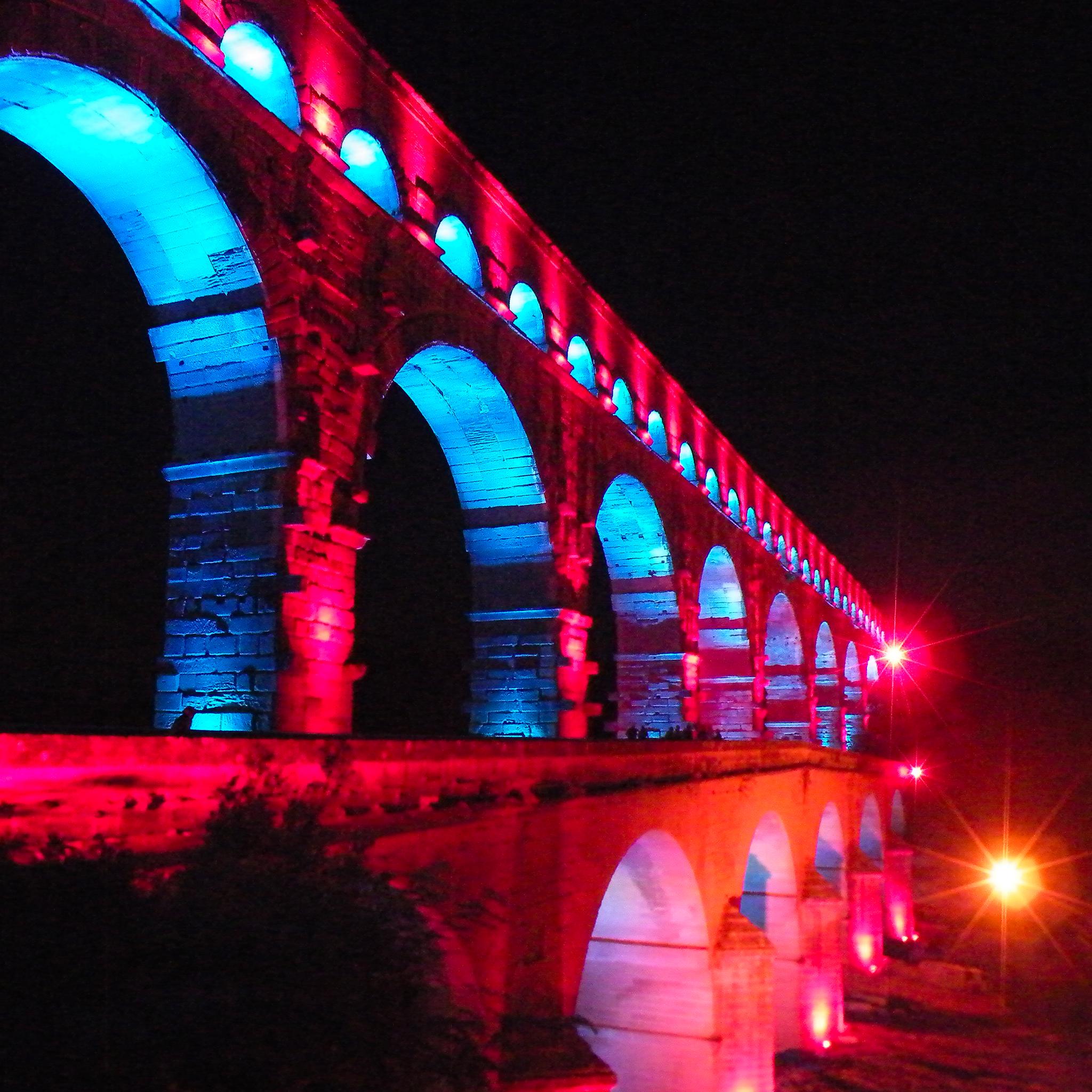 Pont du Guard 3 Wallpapers iPad Pont du Gard   iPad