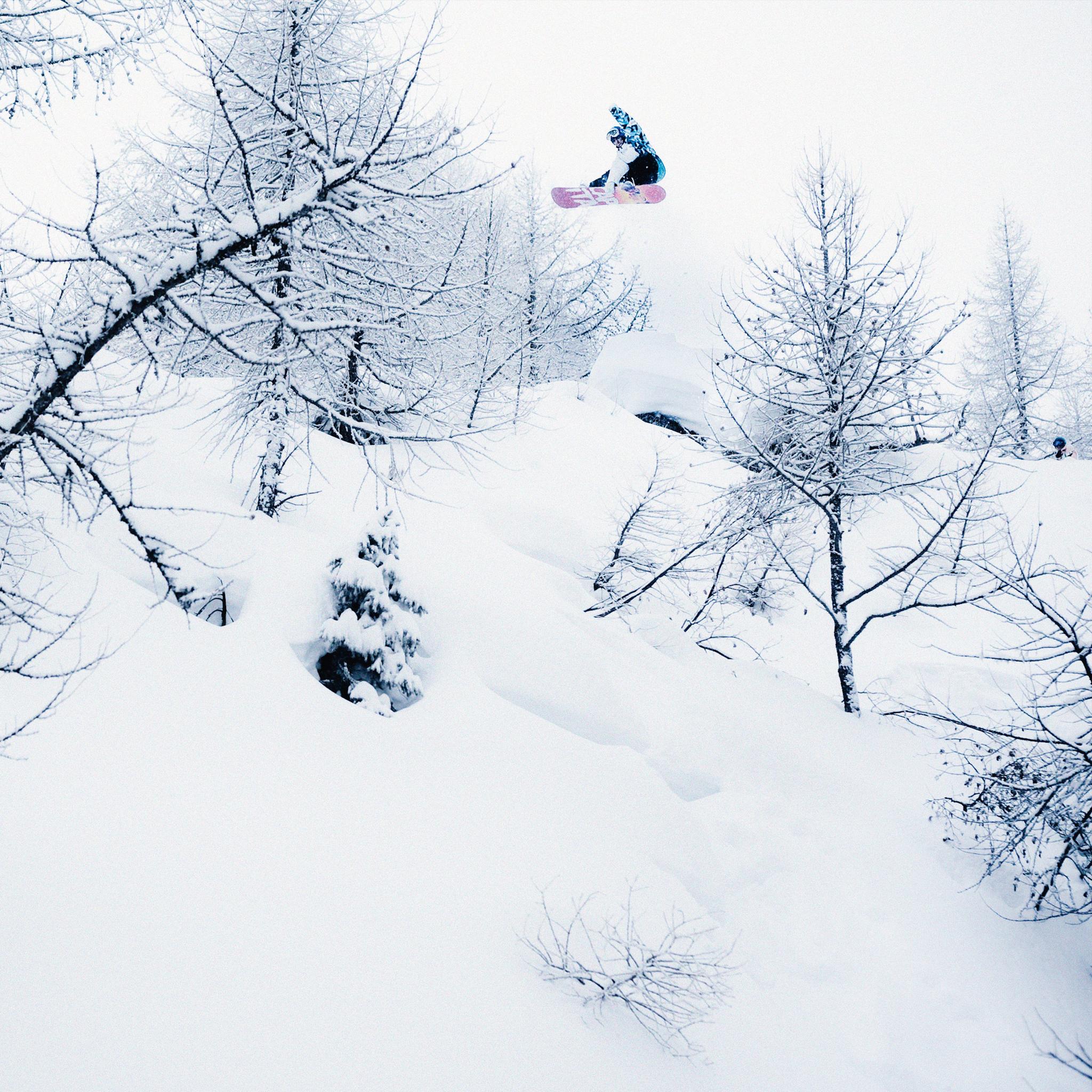 Rene Schnoler Snowboard 3 Wallpapers iPad Rene Schnoller Snowboard   iPad