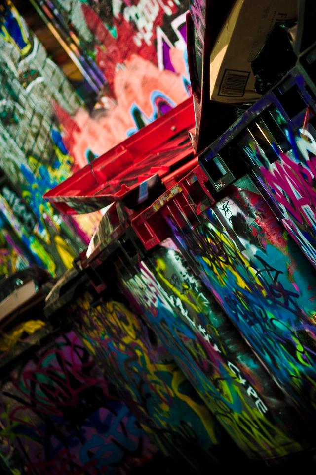 Graff-the-Rubbish-3Wallpapers