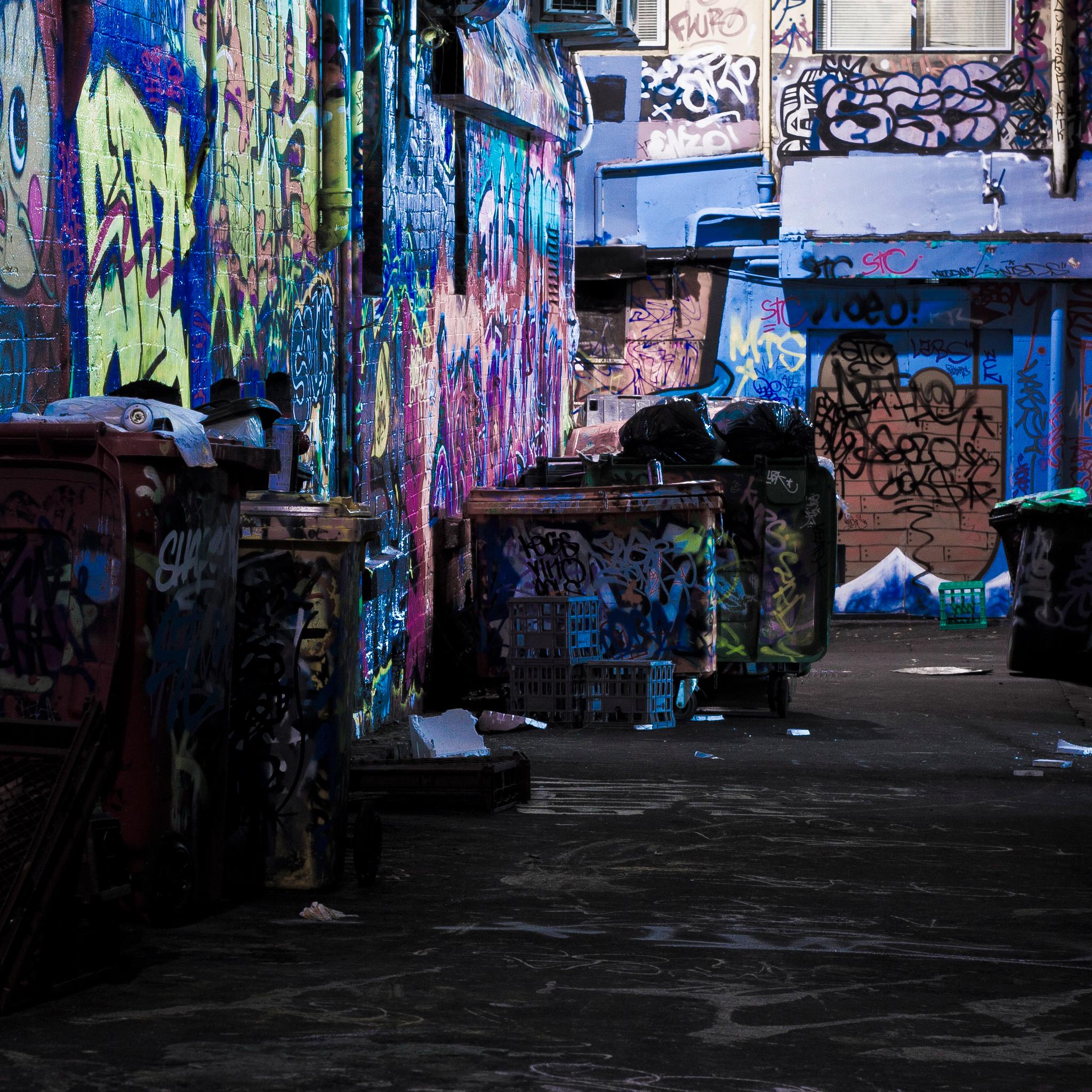Night-Street-Art-3Wallpapers-iPad