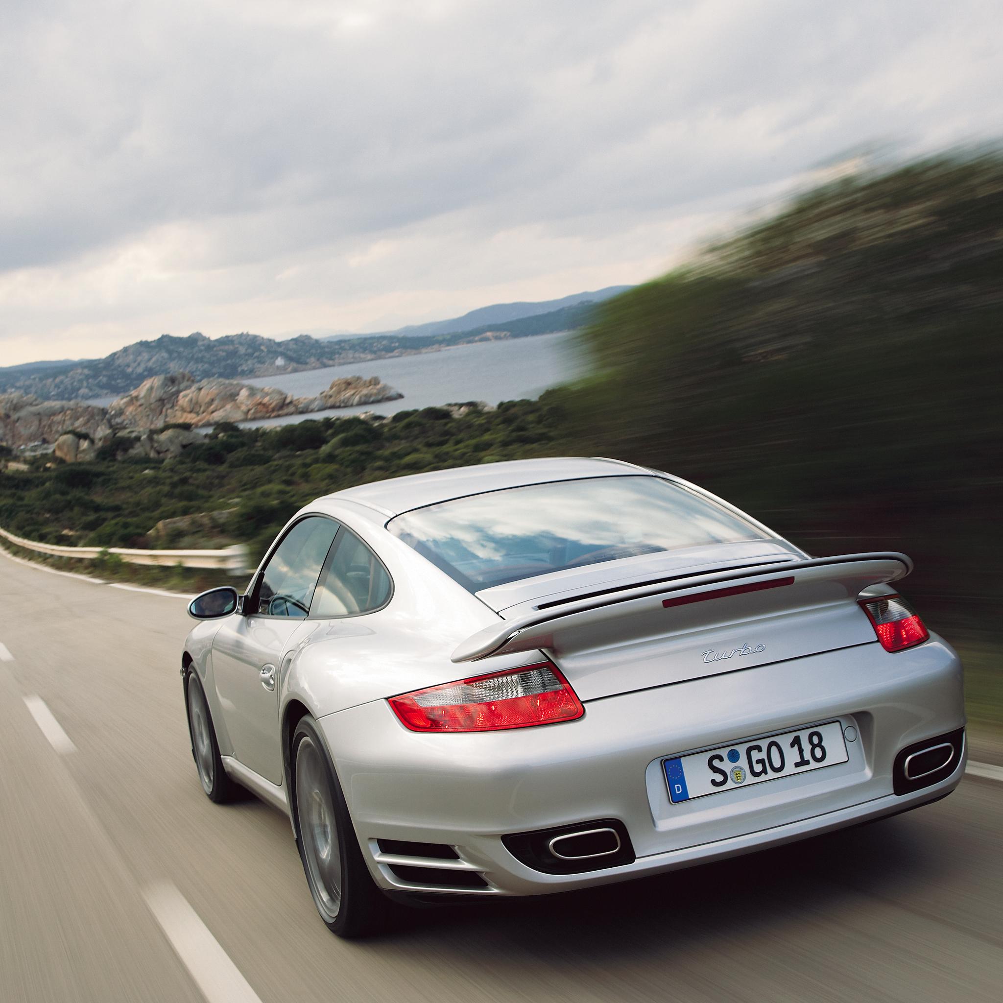 Porsche-911-Turbo-3Wallpeprs-iPad