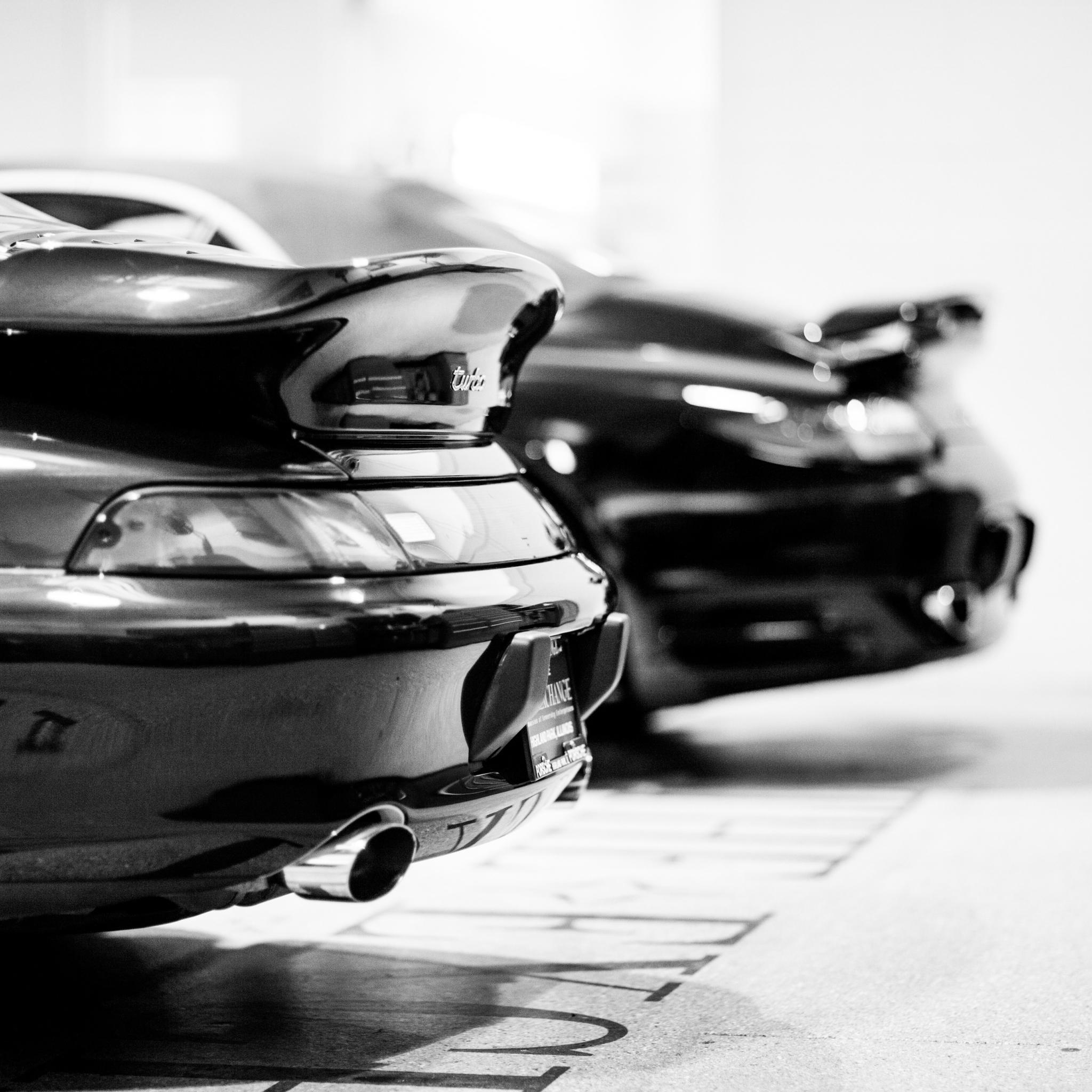Porsche-Turbo-3Wallpapers-iPad