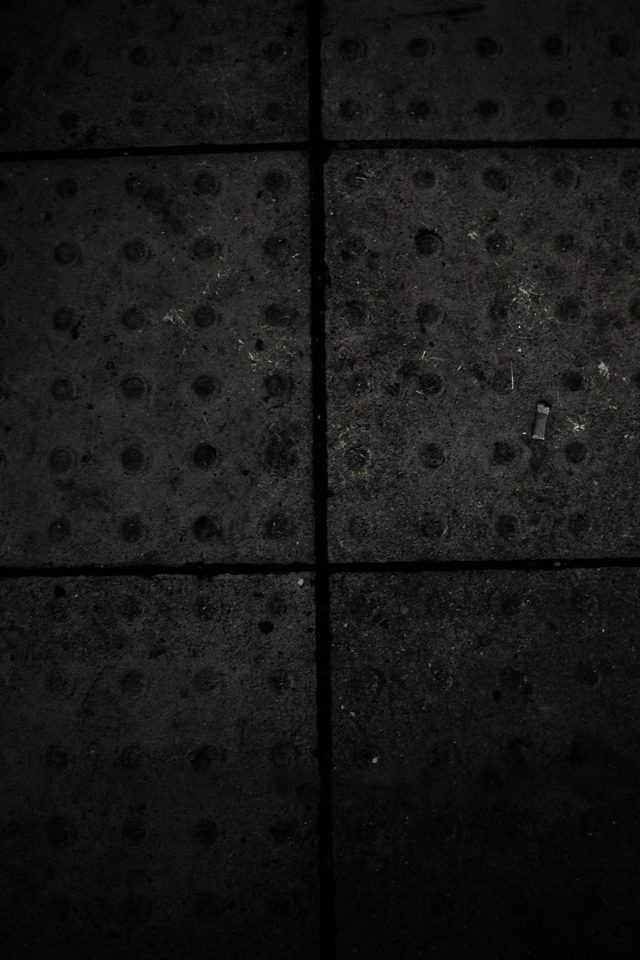 Dark Street 3Wallpapers Les 3 Wallpapers iPhone du jour (17/07/12)
