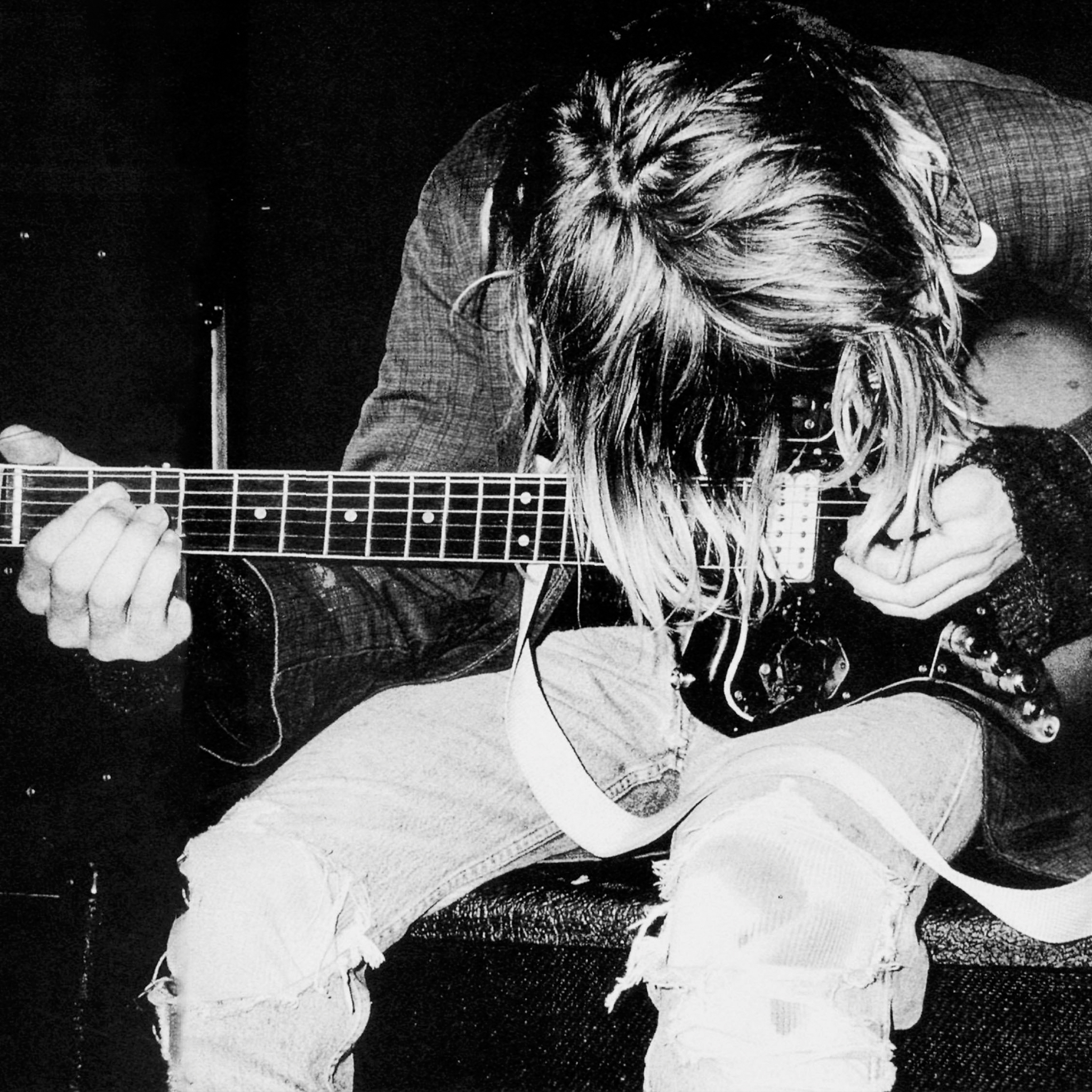 Kurt-Cobain-Nirvanan-3Wallpapers-iPad-Retina