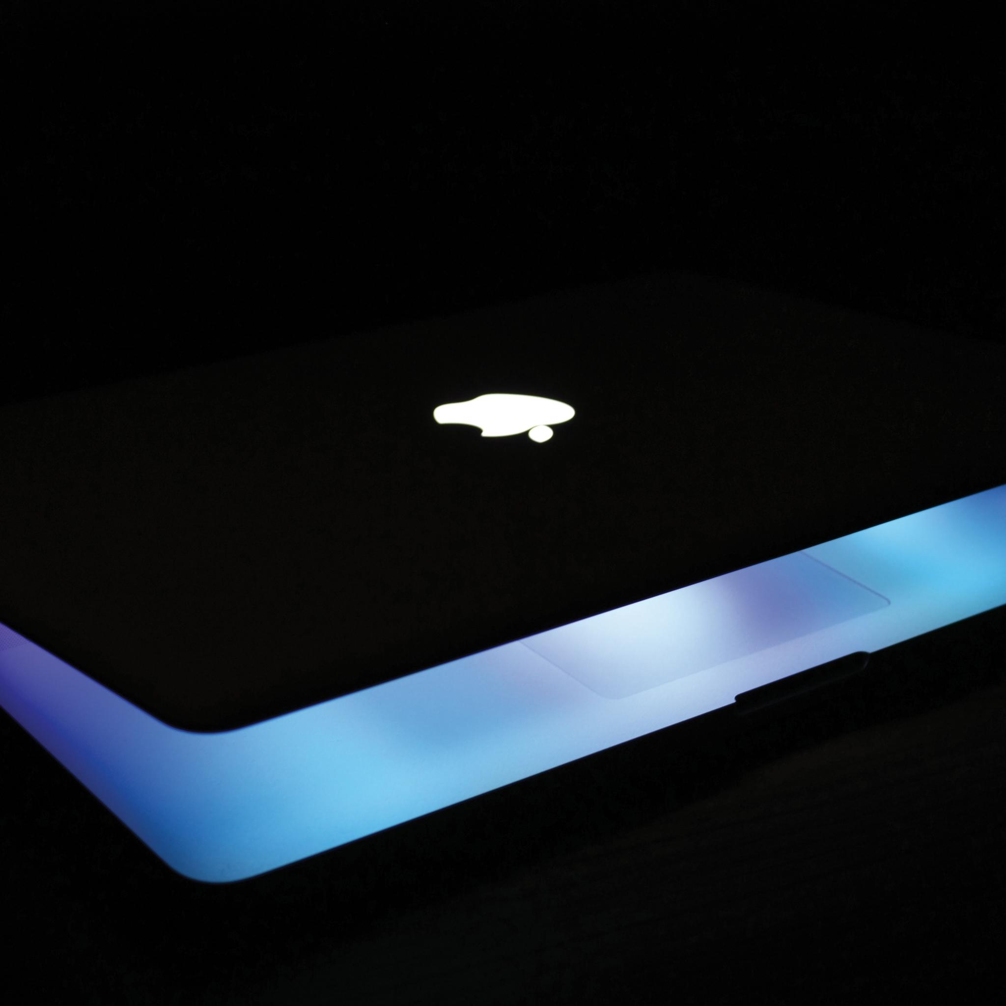 MacBook-Pro-3Wallpapers-ipad-Retina
