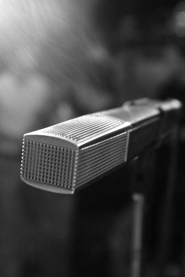 Microphone-3Wallpapers
