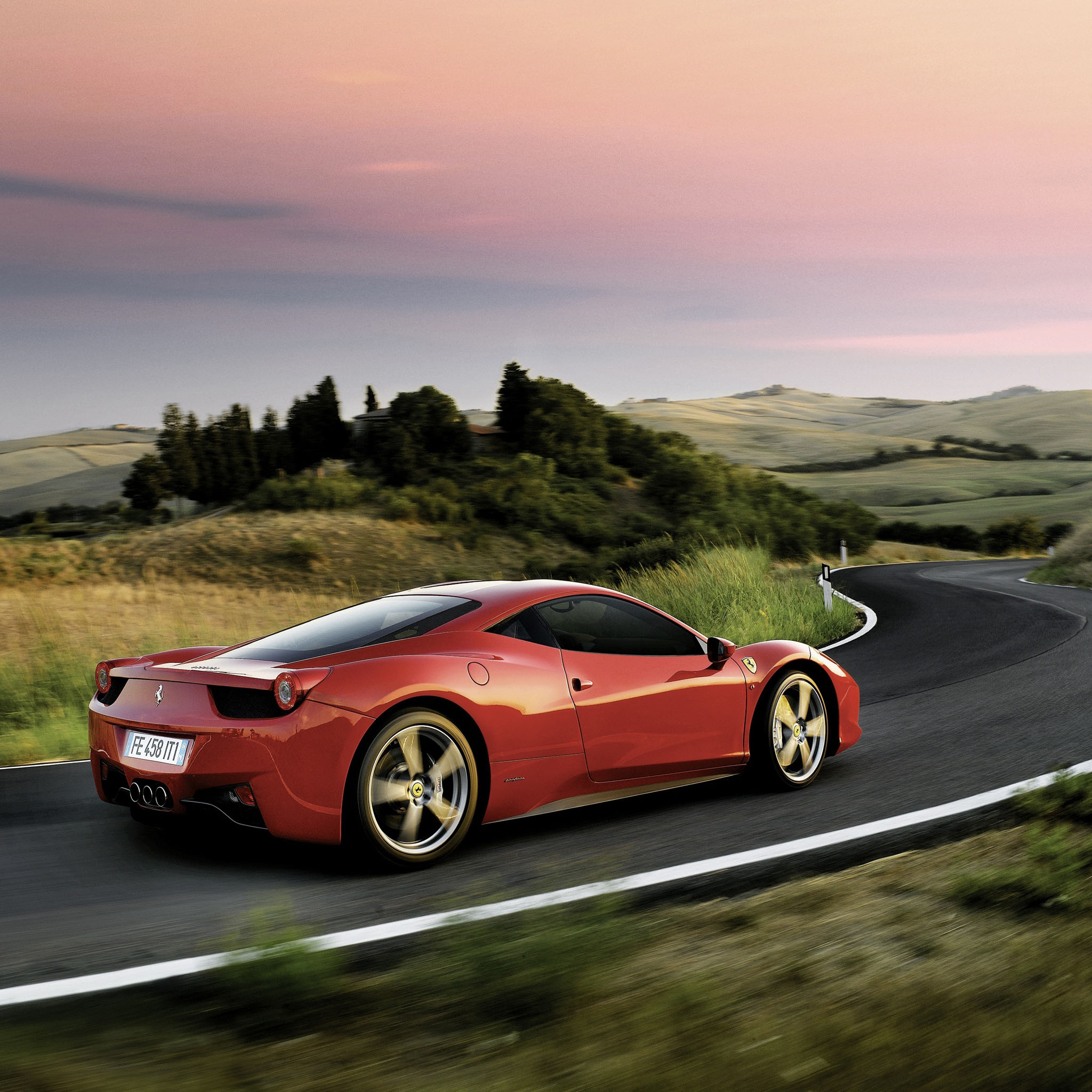Ferrari-458-Italia-3Wallpapers-iPad-Retina