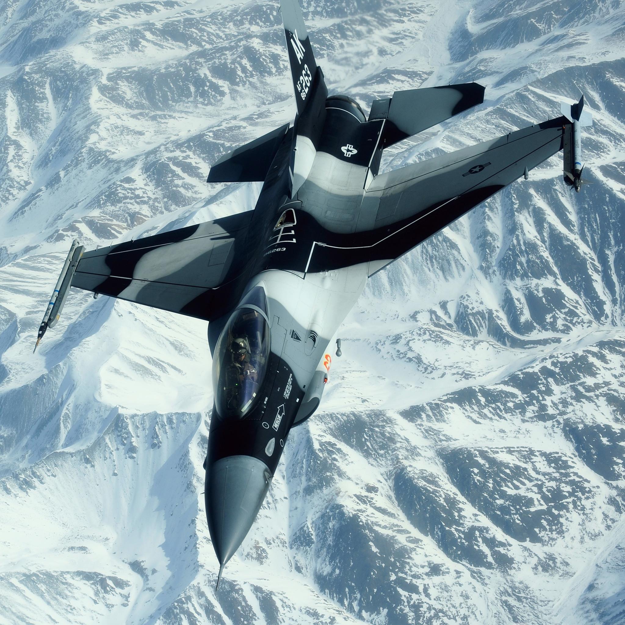 Military-Aircraft-3Wallpapers-iPad-Retina