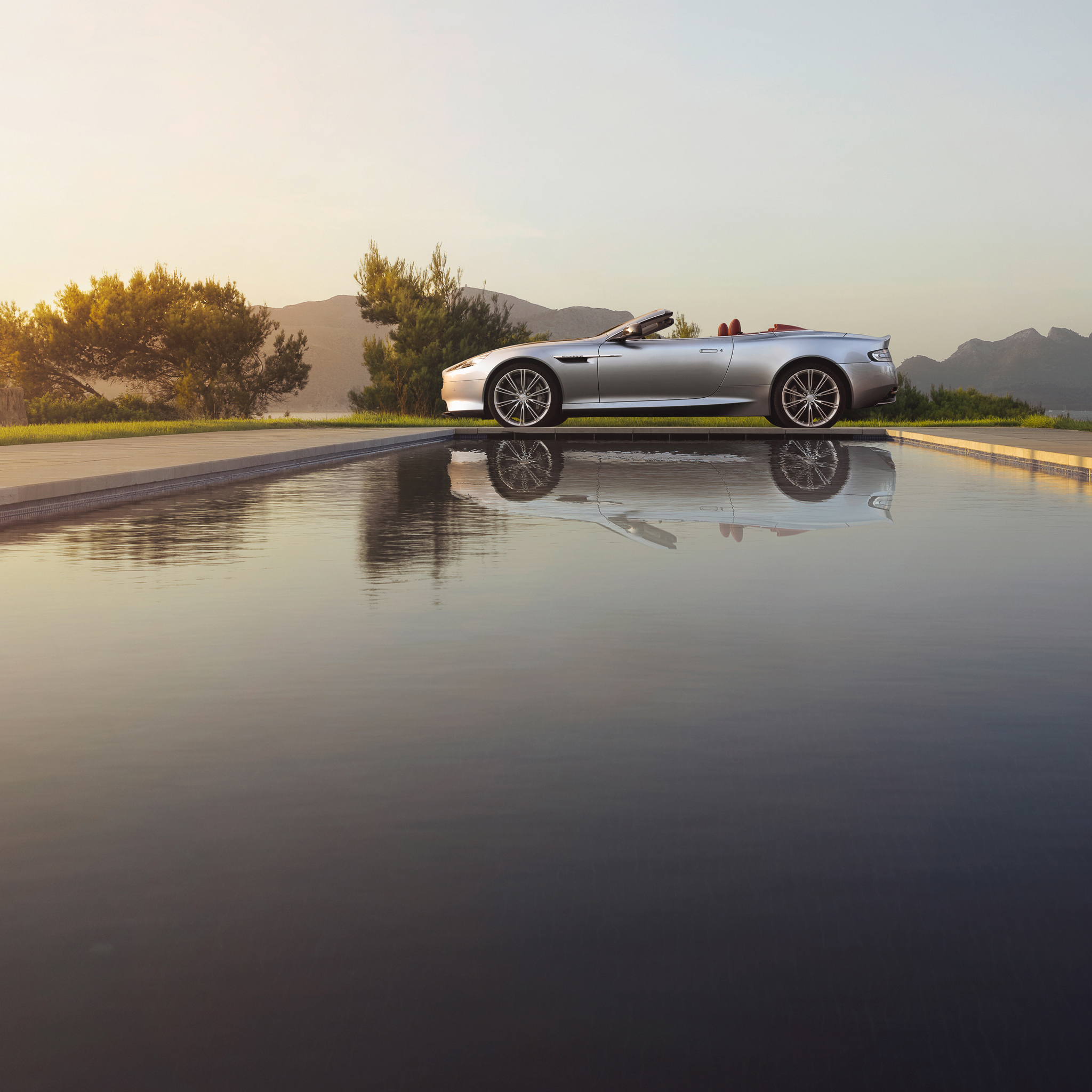 Aston-Martin-DB9-3Wallpapers-iPad-Retina