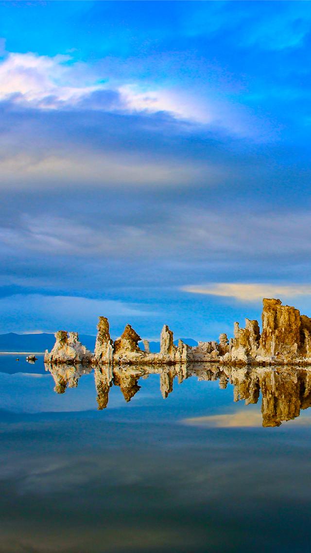 Californian-Mono-Lake-3Wallpapers-iPhone-5