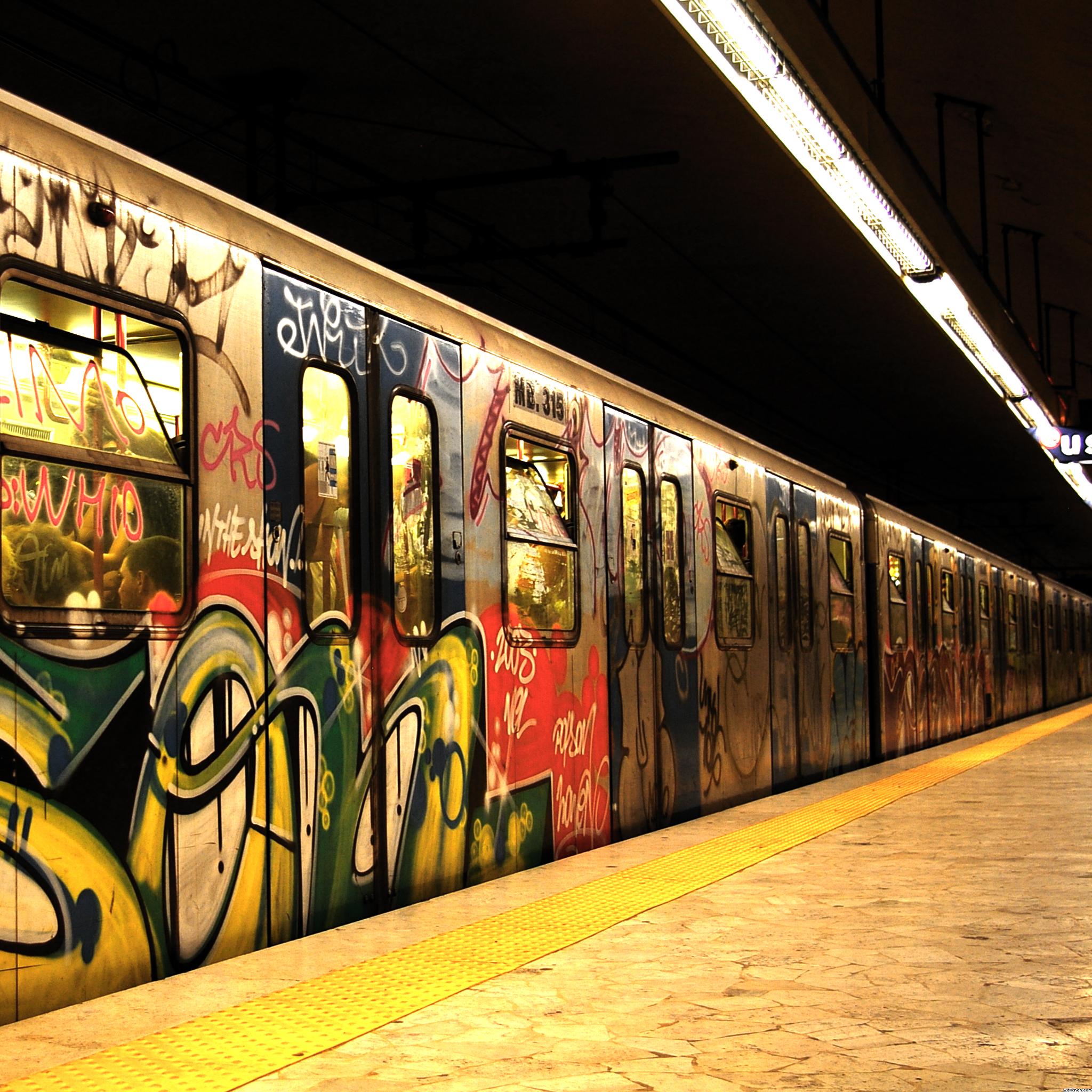 Ghetto-Train-3Wallpapers-iPad-Retina