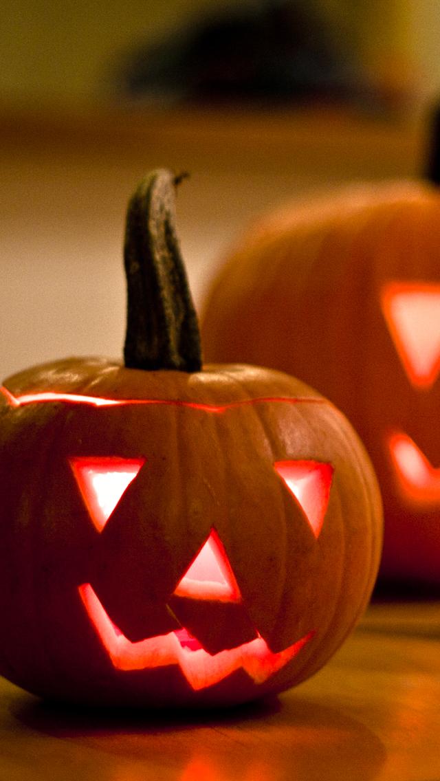 Halloween-Pumpkins-3Wallpapers-iPhone-5