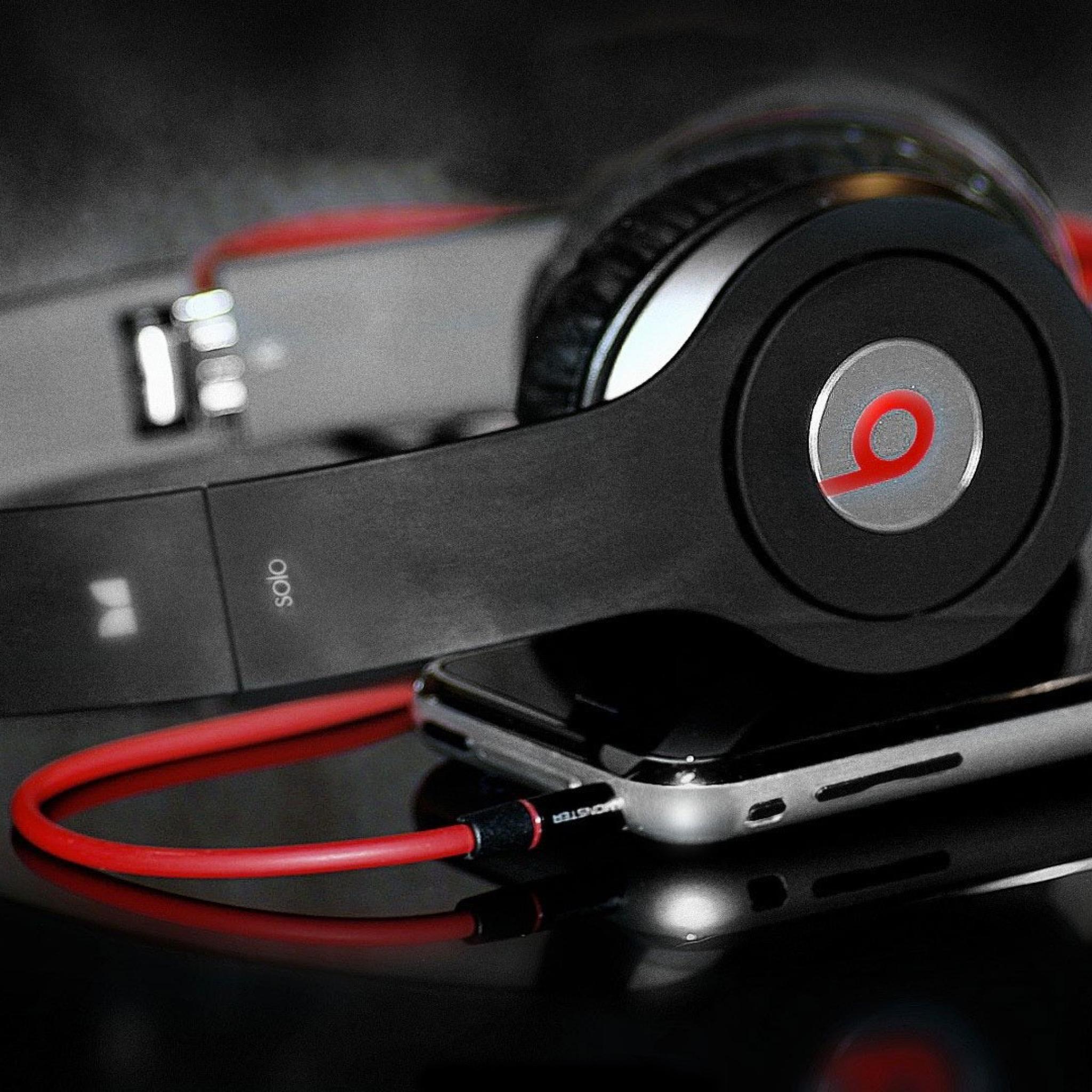 Headphones-Beats-3Wallpapers-iPad-Retina