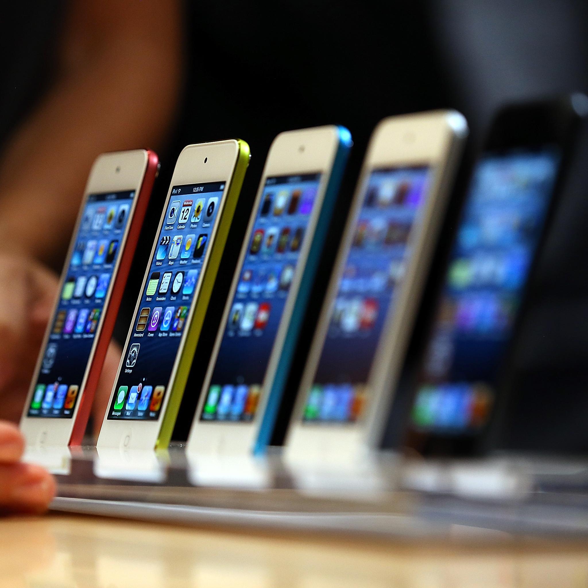 Introduces iPhone 5 3Wallpapers iPad Retina Introduce iPhone 5   iPad Retina