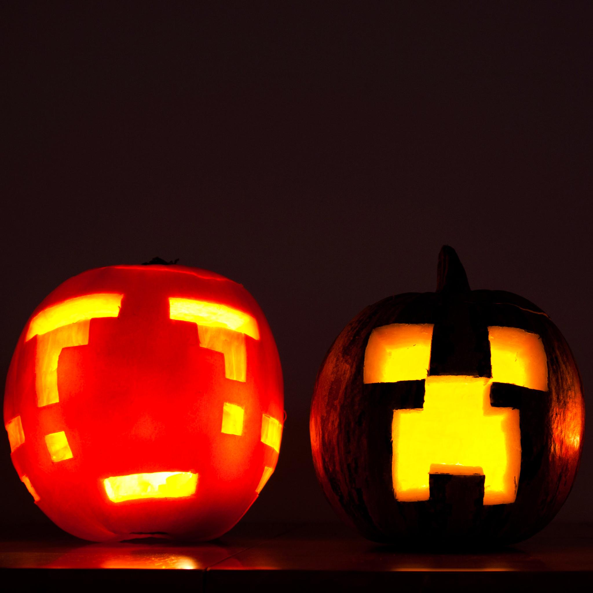 Pixels-Pumpkins-Halloween-3Wallpapers-ipad-Retina