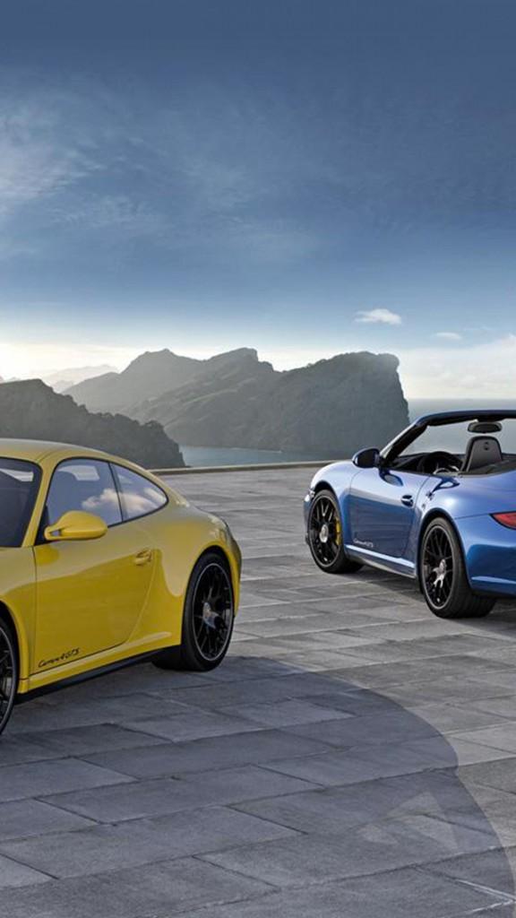 Porsche 911 Carrera 4 Gts Wallpaper for