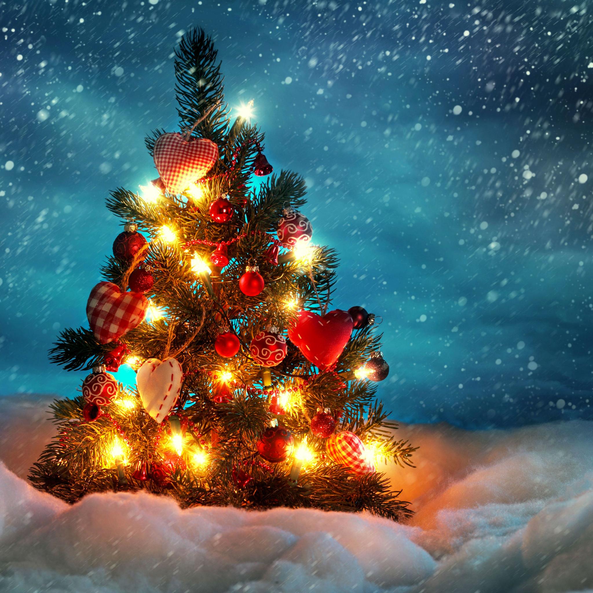 Christmas-Tree-3Wallpapers-iPad-Retina