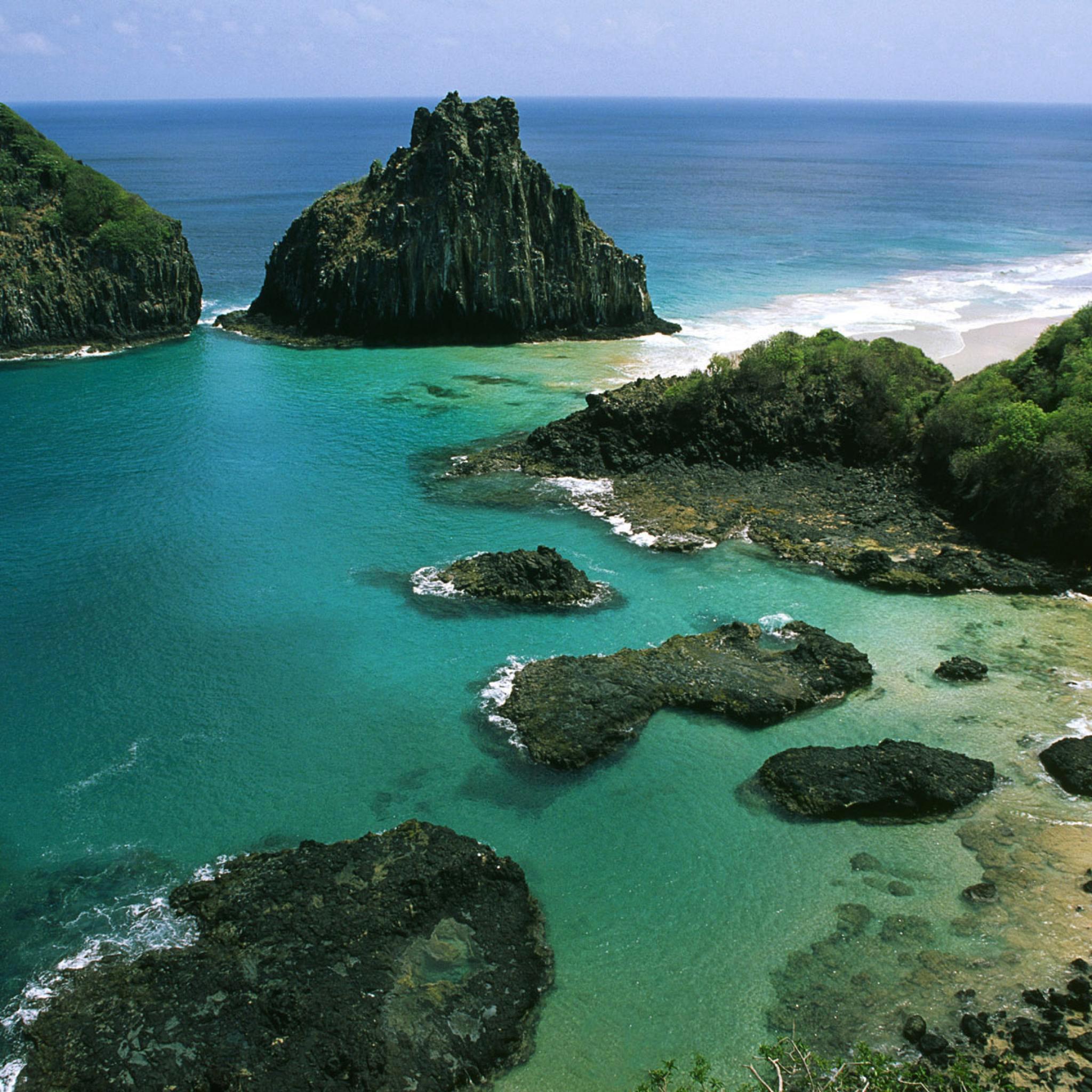 Fernando de Noronha Archipelago Brazil 3Wallpapers iPad Retina Beach Island Sea   iPad Retina