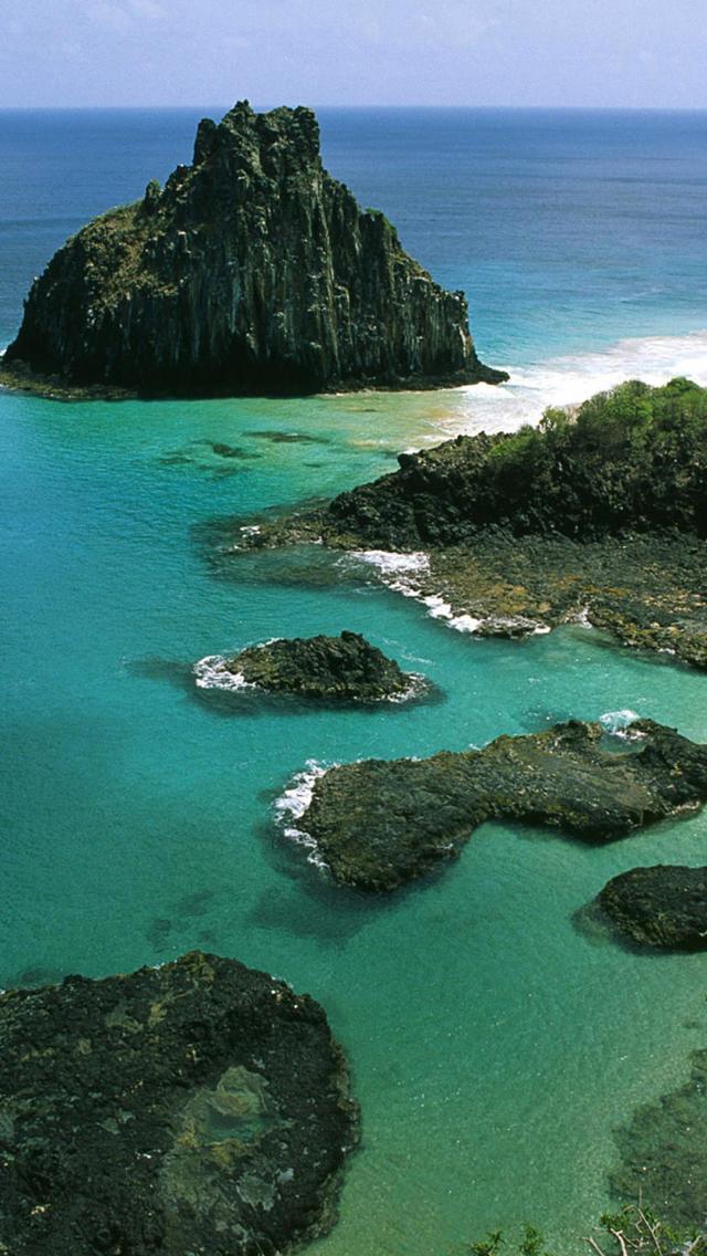 Fernando-de-Noronha-Archipelago-Brazil-3Wallpapers-iPhone-5