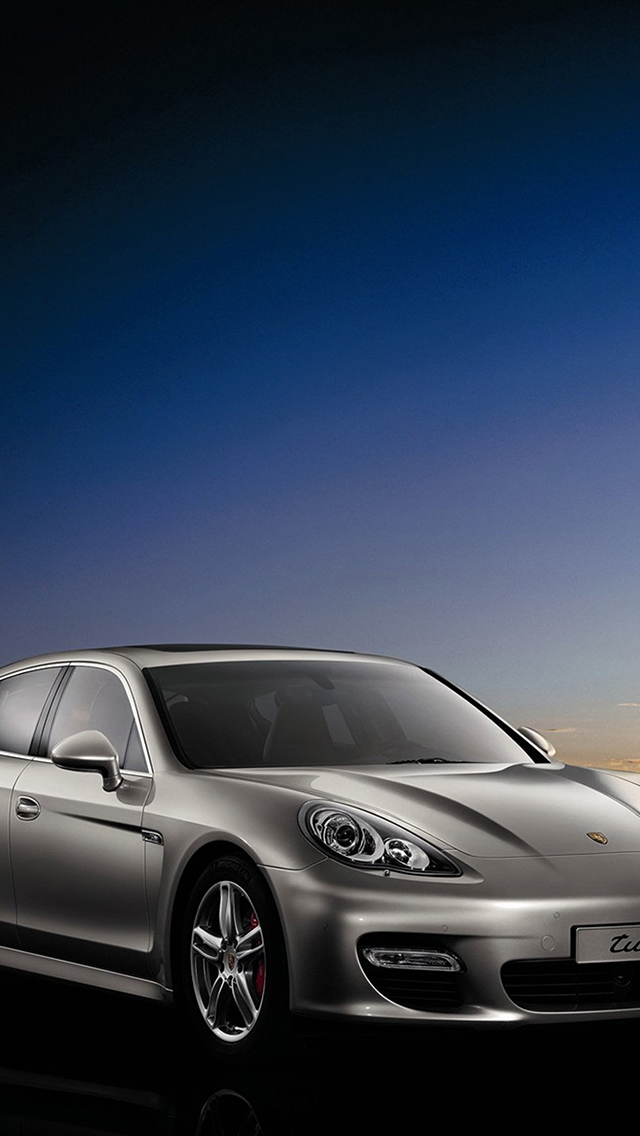2010-Porsche-Panamera-3Wallpapers-iPhone-5