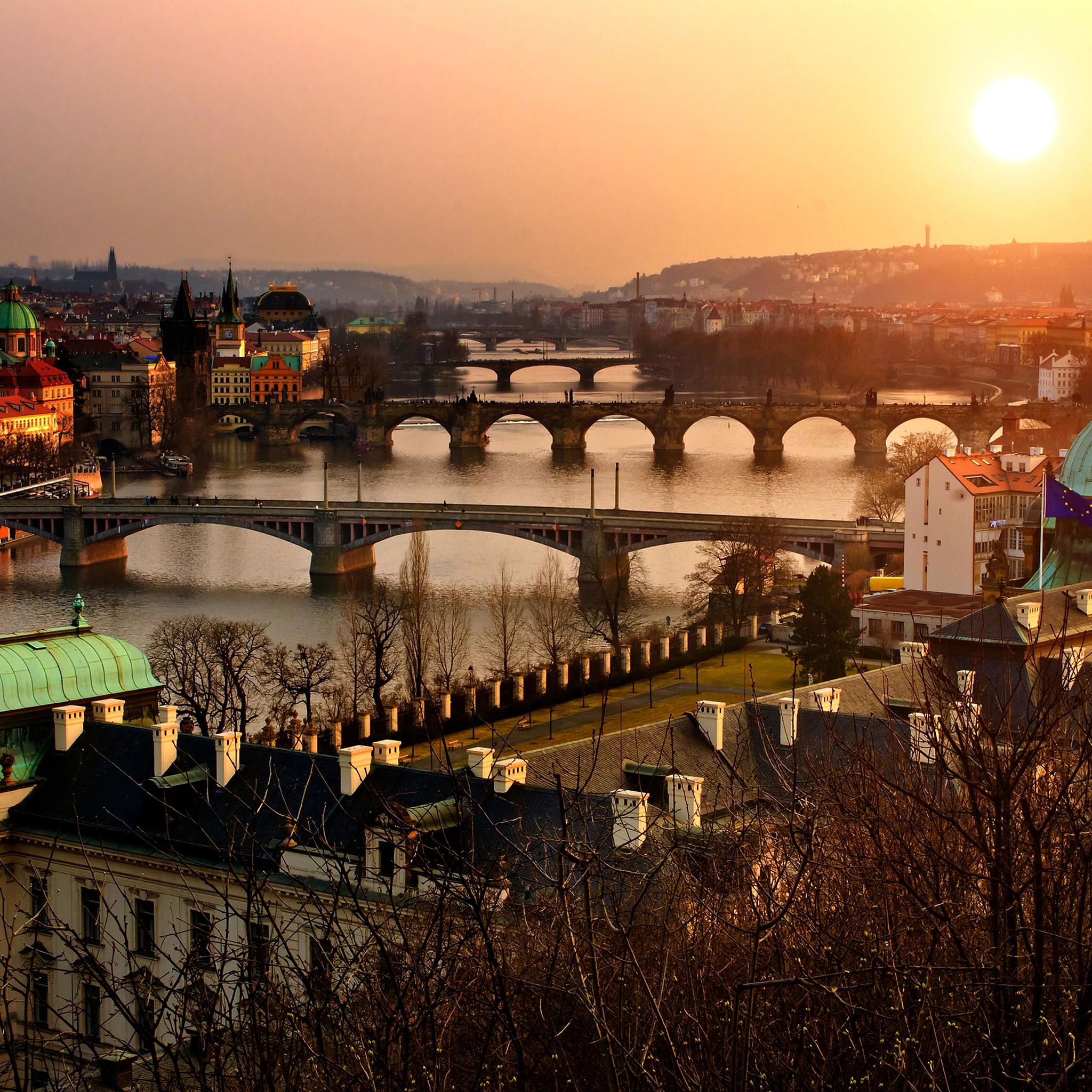 Prague-3Wallpapers-iPad-Retina