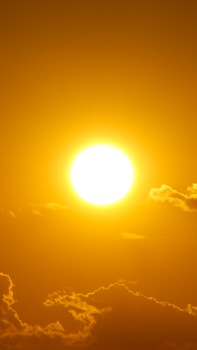 Sun-in-Sky-3Wallpapers-iPhone-5