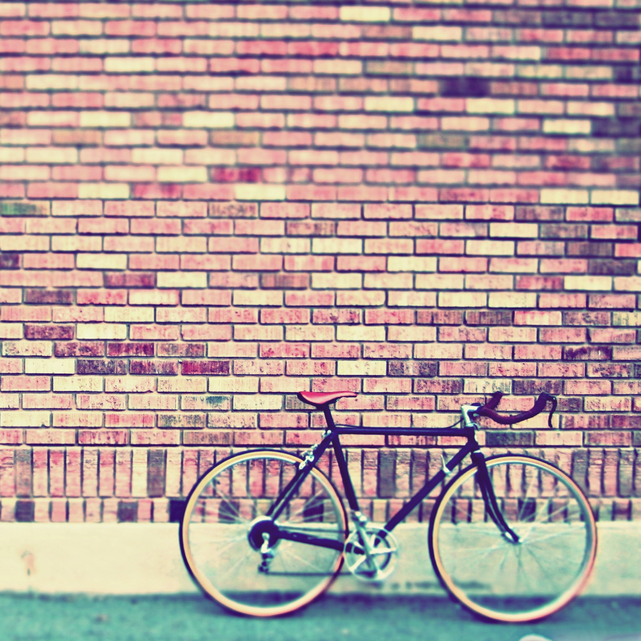 Vintage-Bike3Wallpapers-iPad-Retina