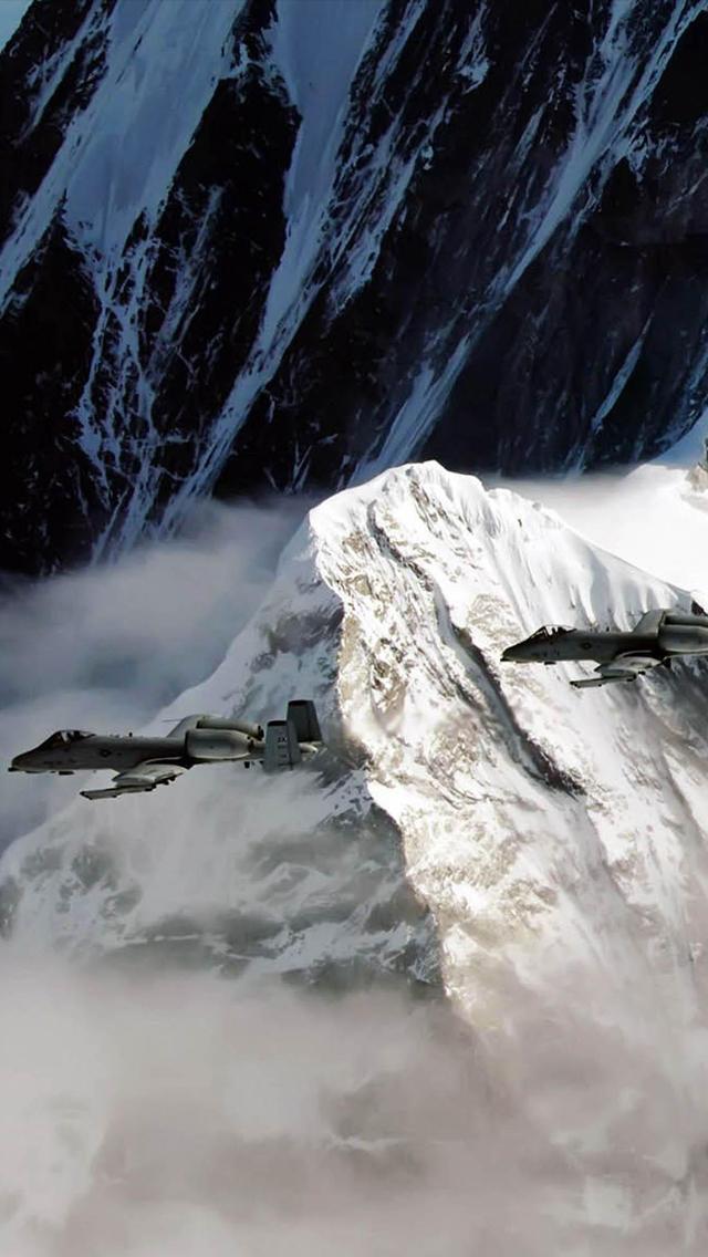 War Airplane 3Wallpapers iPhone 5 War Airplane
