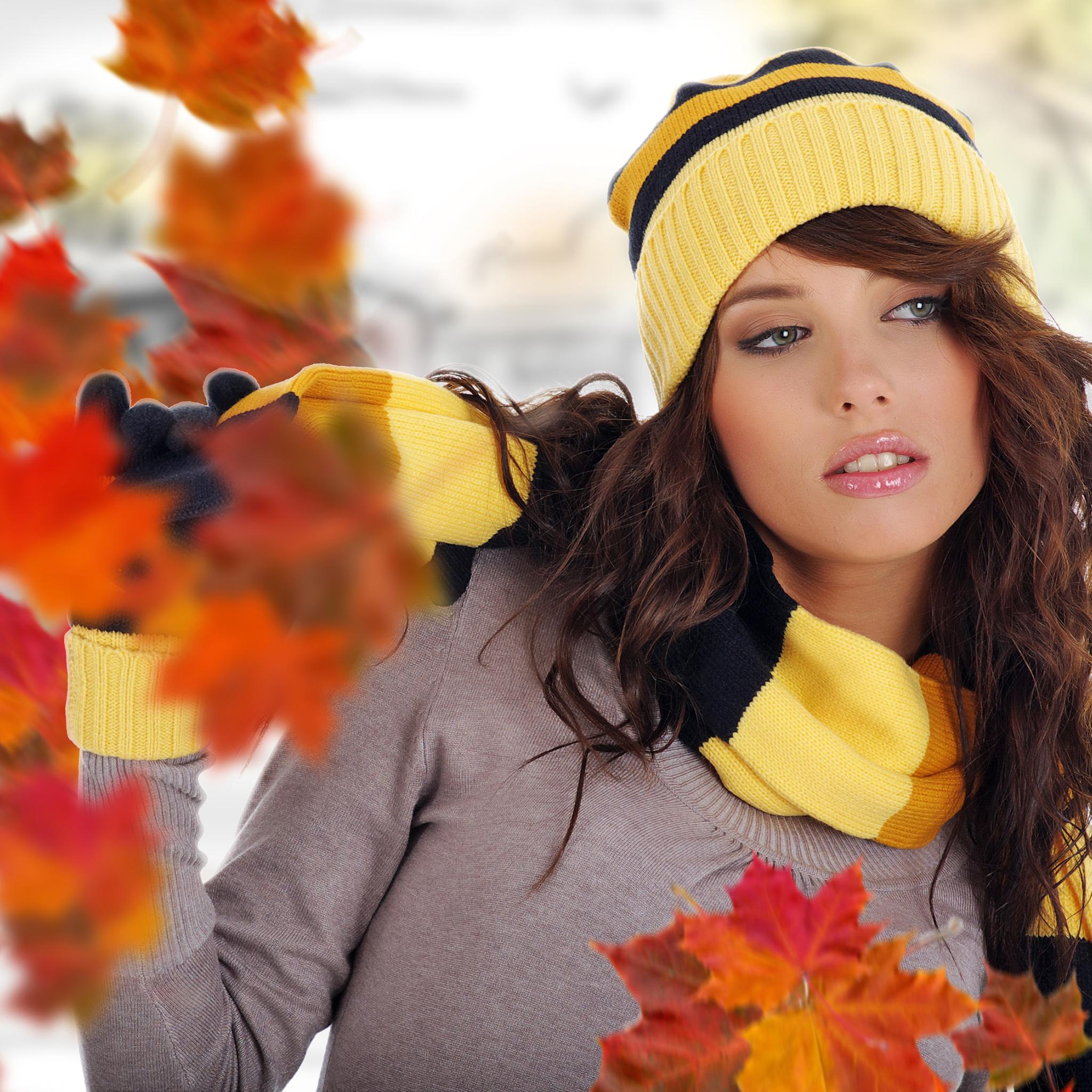 Autumn Girl 3Wallpapers iPad Retina Autumn Girl   iPad Retina