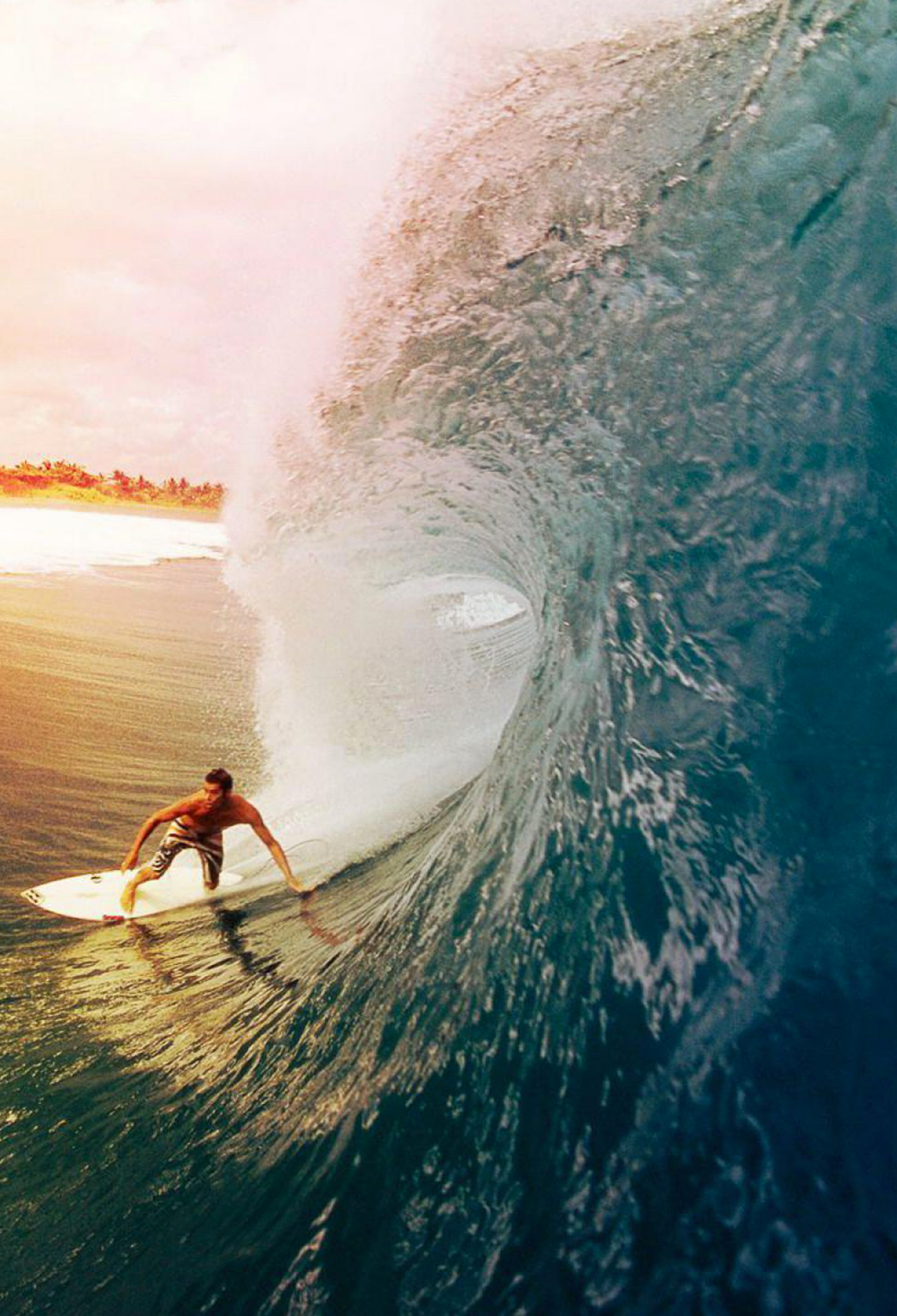 Surfer 3Wallpapers iPhone Parallax Surfer   iPhone Parallax