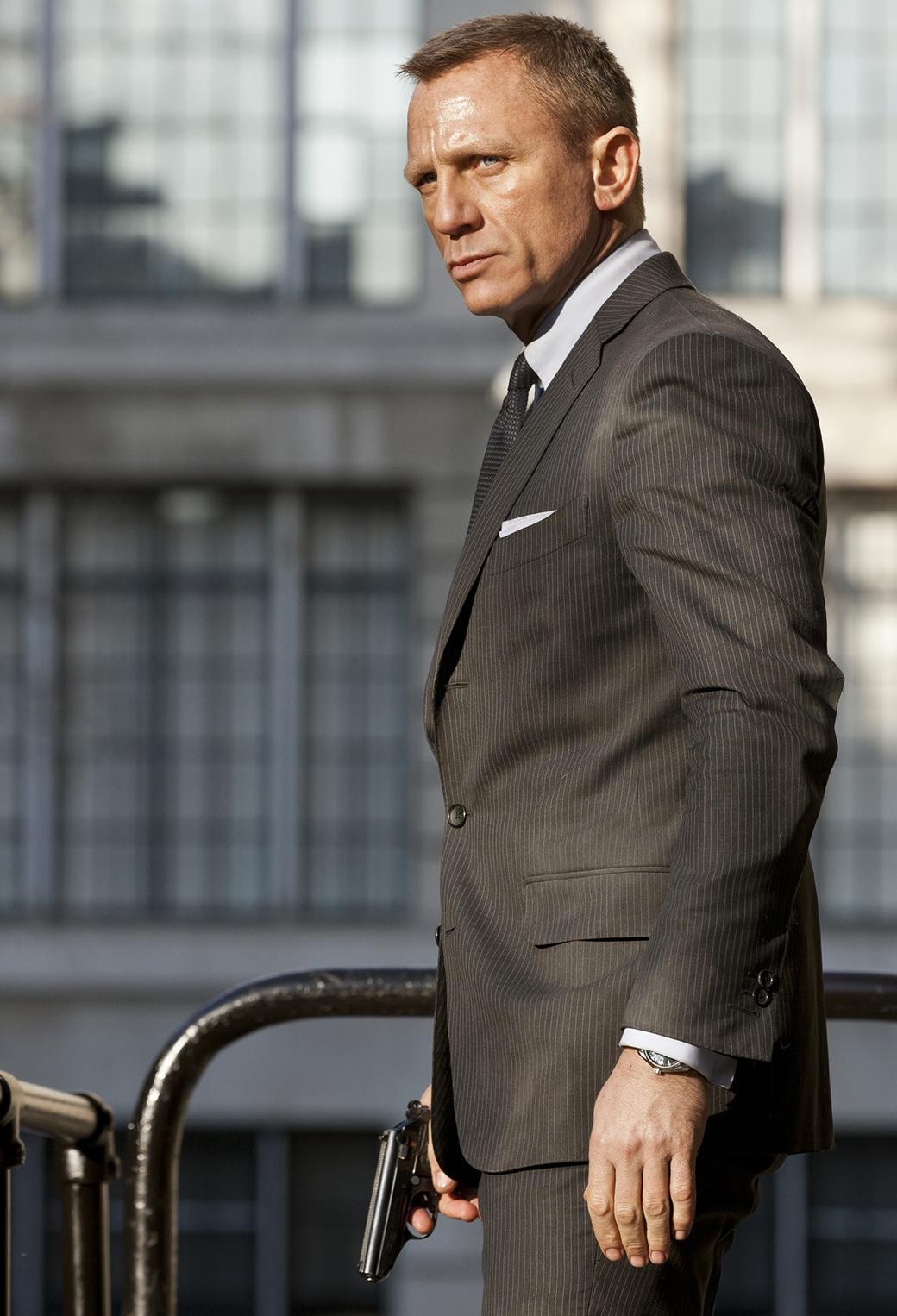 Daniel Craig 3Wallpapers iPhone Parallax Daniel Craig