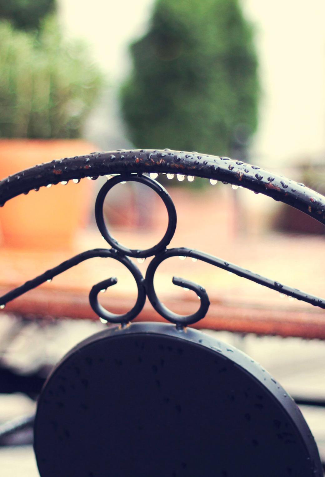 Wet Chair Rain 3Wallpapers iPhone Parallax Wet Chair Rain
