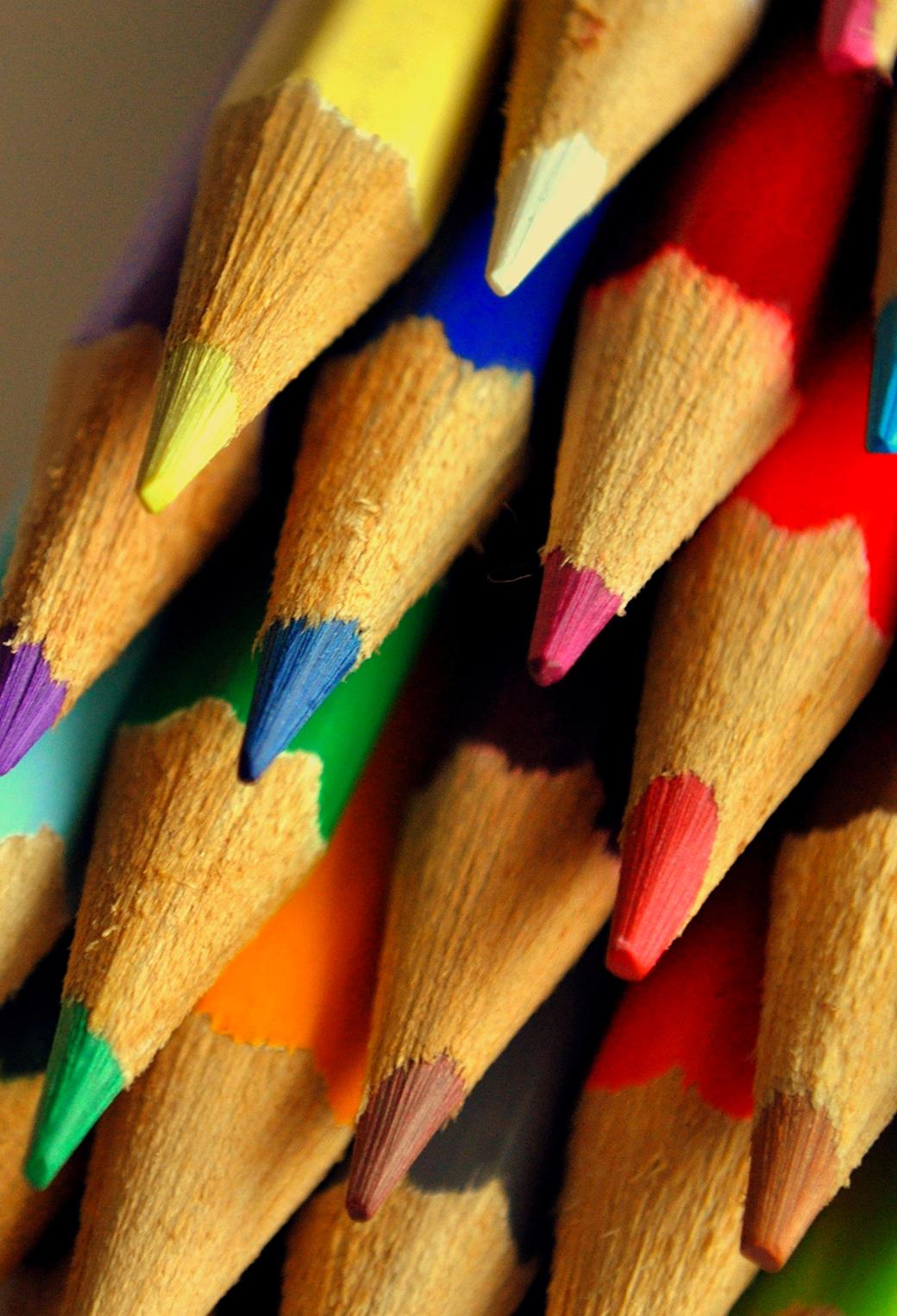 Color Pencils 3Wallpapers iPhone Parallax Color Pencils