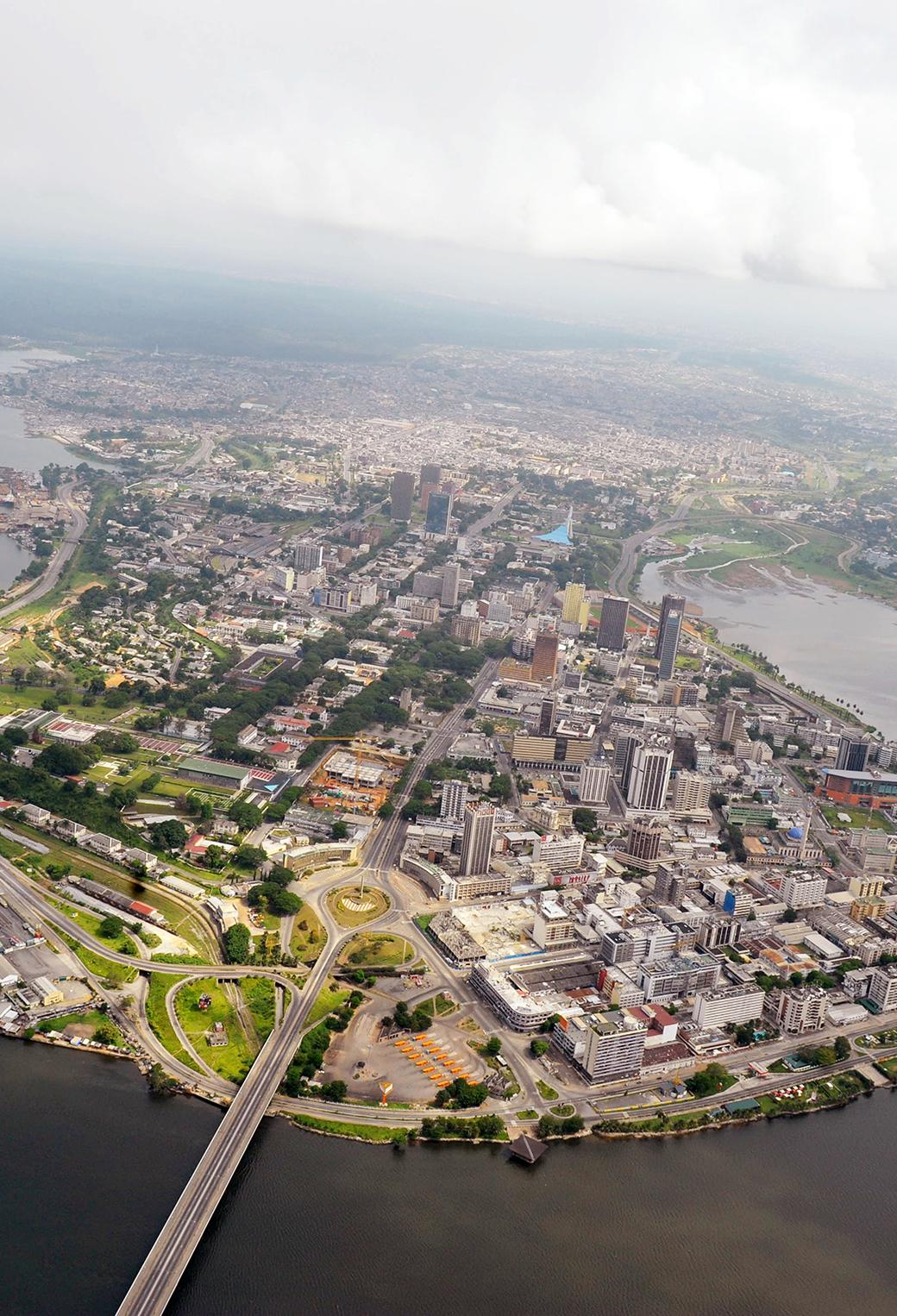 Aerial View of Abidjan 3Wallpapers iPhone Parallax Aerial View of Abidjan