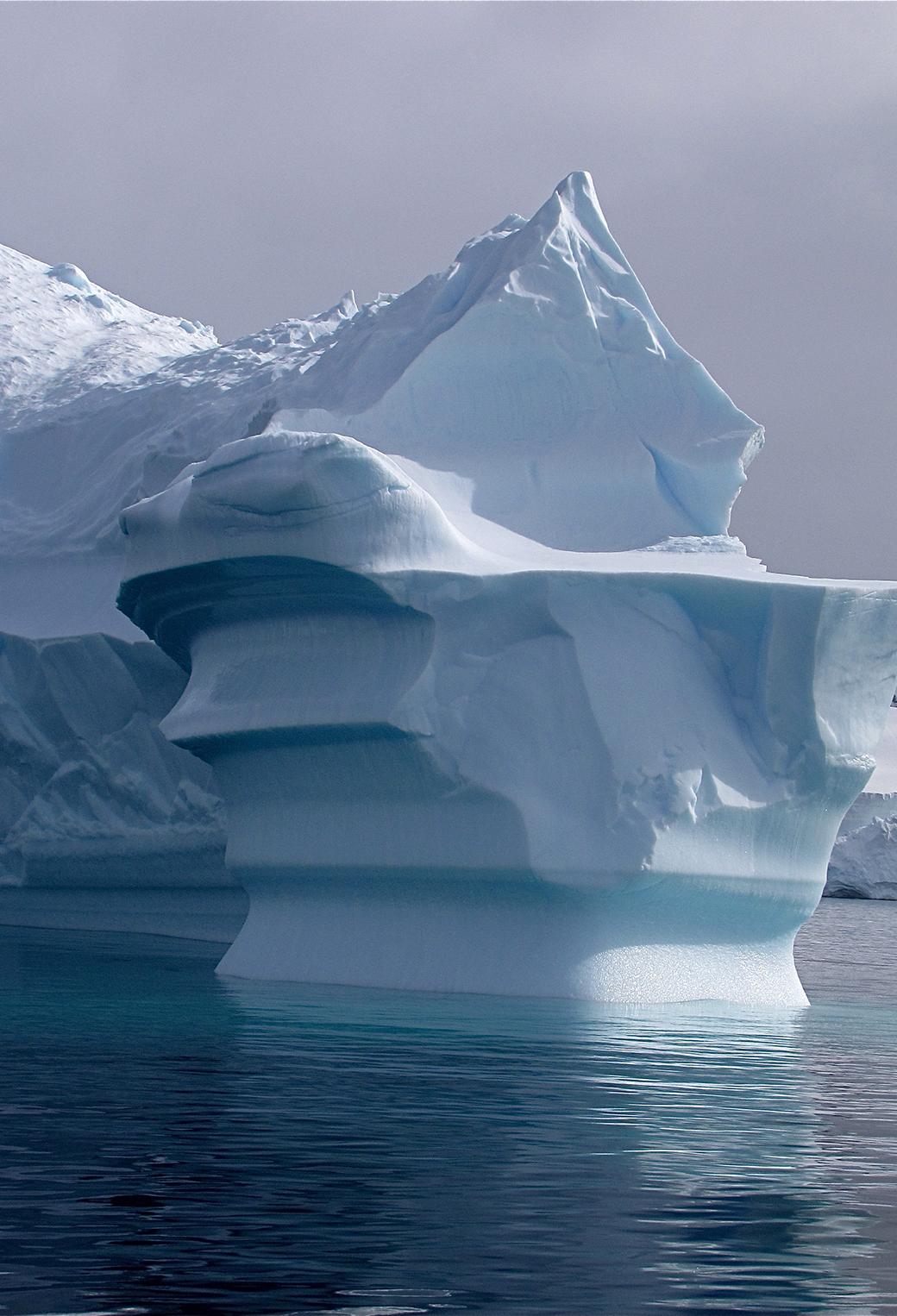 Antartic IceBerg 3Wallpapers iPhone parallax Antartic IceBerg