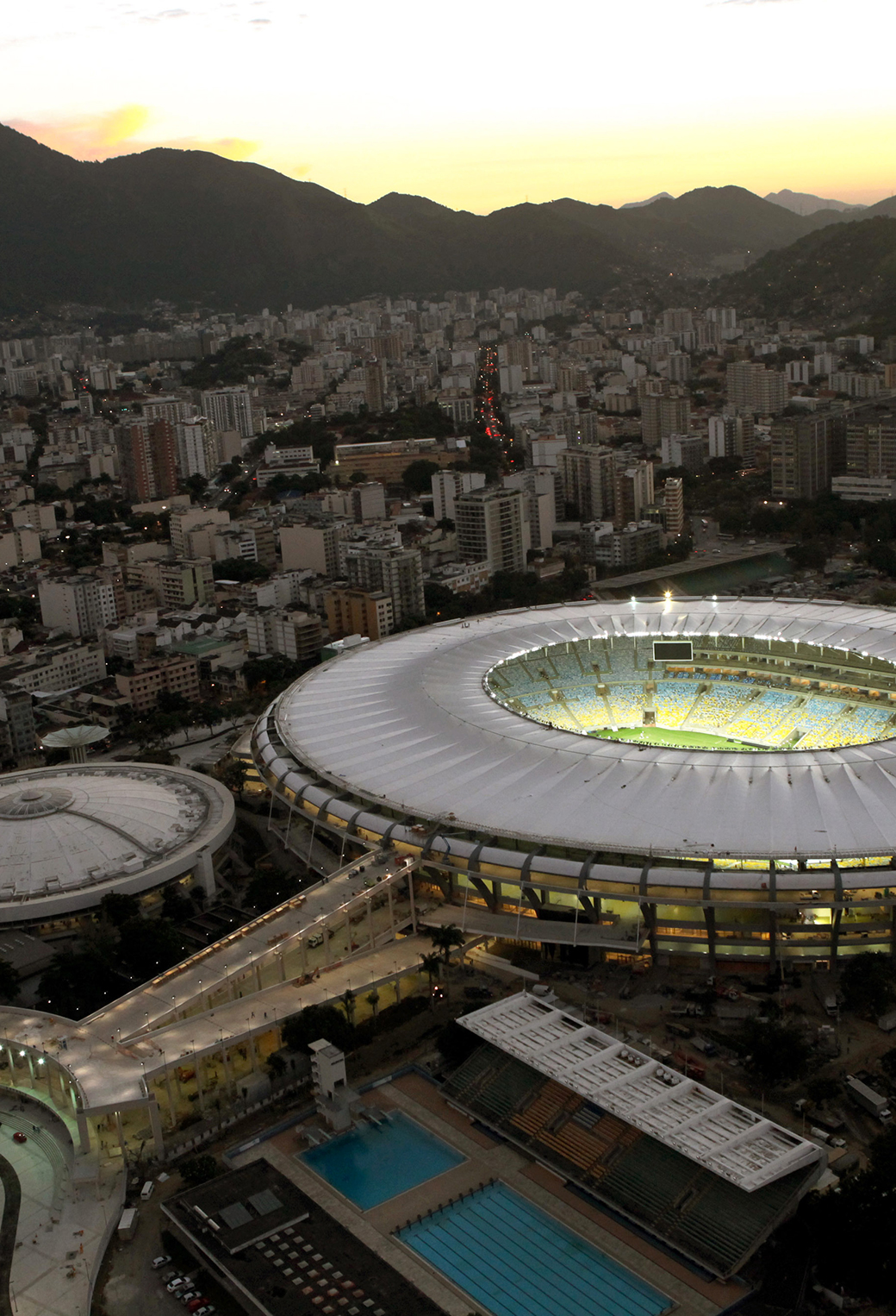 Beautiful stadium World Cup in Brazil 2014 3Wallpaper iPhone Parallax Beautiful Stadium World Cup in Brazil 2014