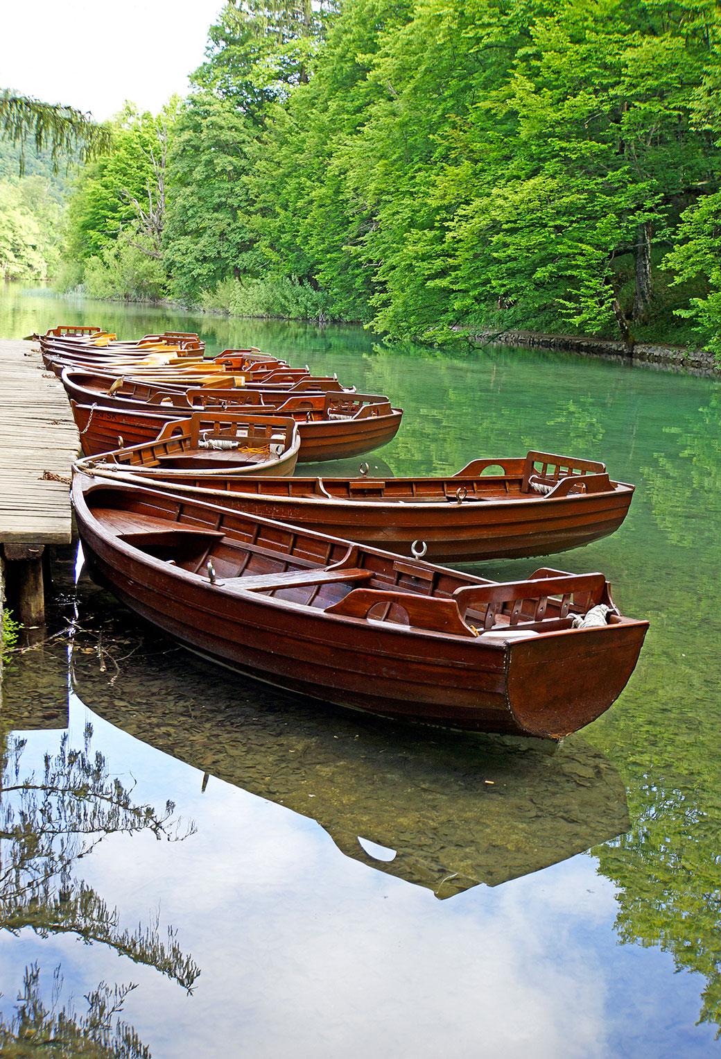 Row Boats 3Wallpapers iPhone Parallax Row Boats
