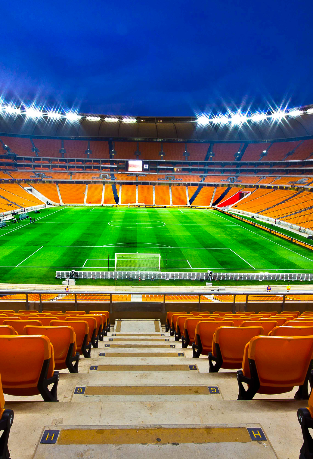 Soccer City Game Night stadium 3Wallpapers iphone Parallax Football stadium