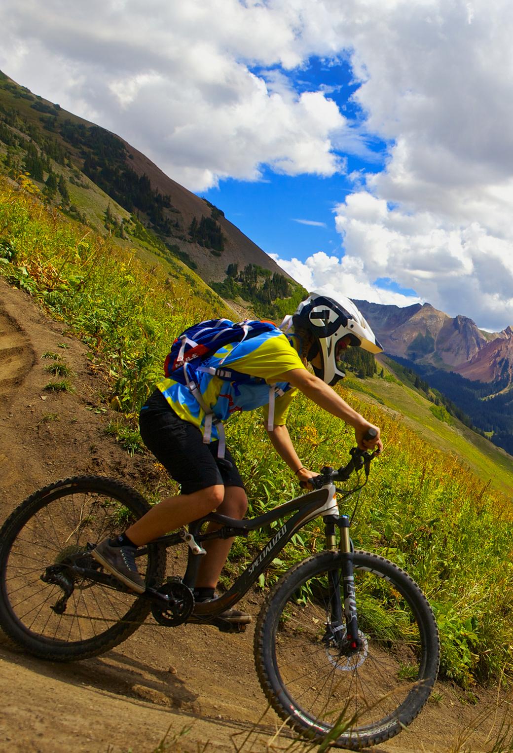 Mountain Bike 3Wallpapers iphone parallax Mountain Bike