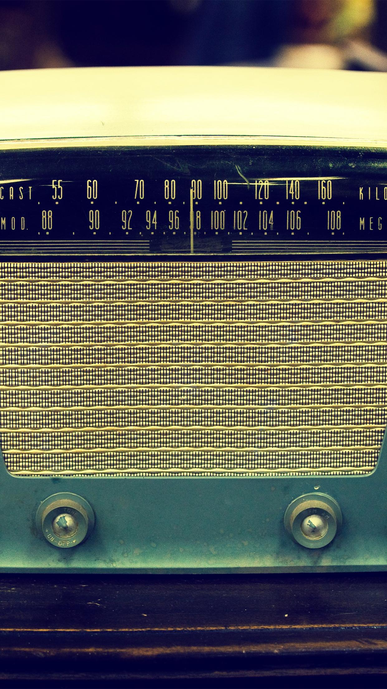 vintage car radio wallpaper - photo #21