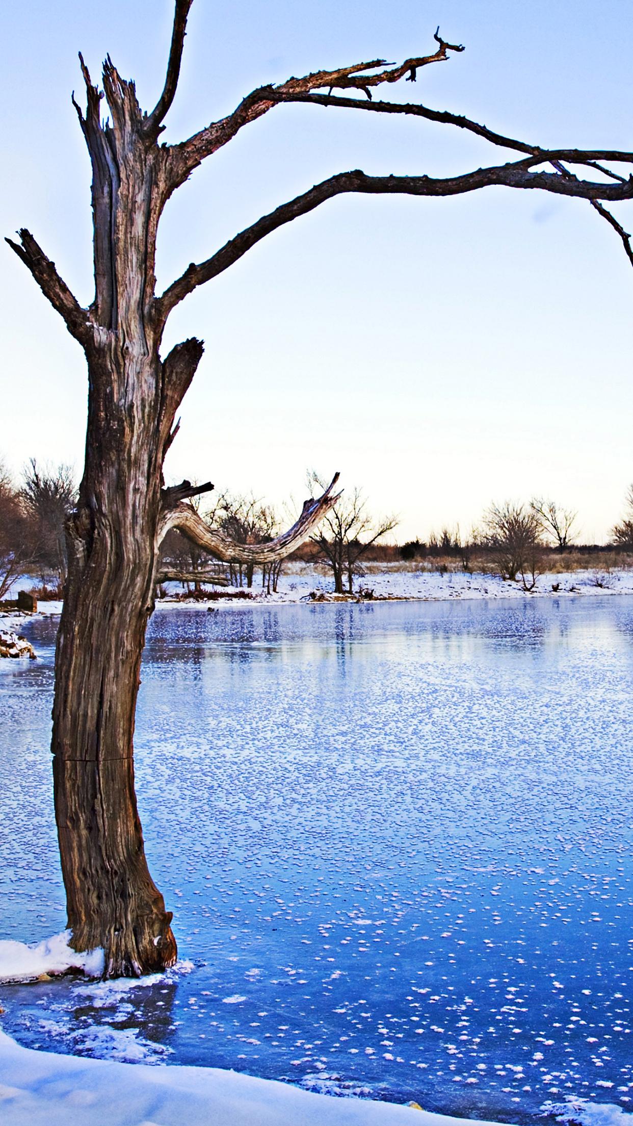 frozen lake 3wallpapers parallax iphone Frozen Lake