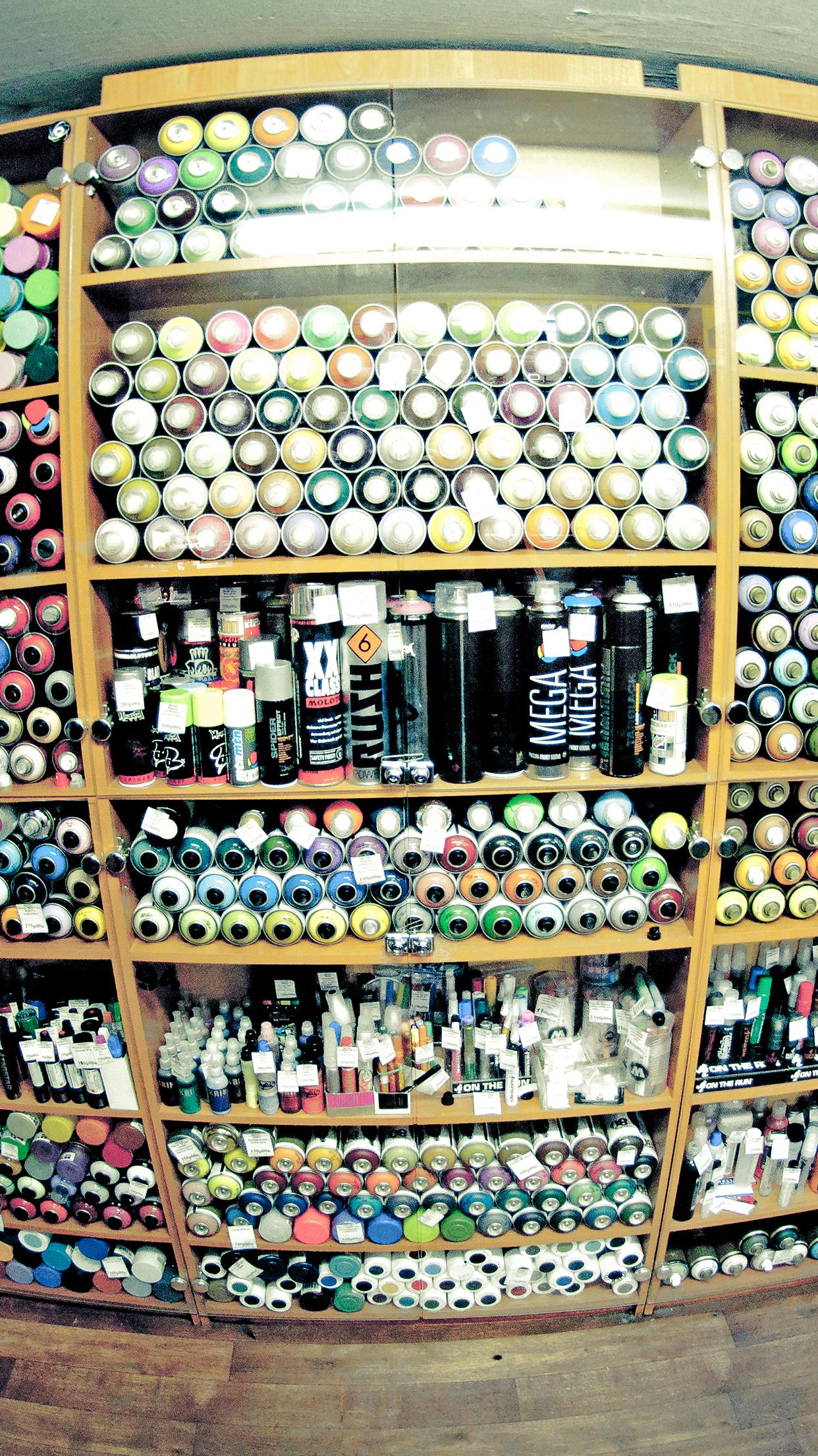 Graffiti Shop iPhone 3Wallpapers Parallax Graffiti Shop