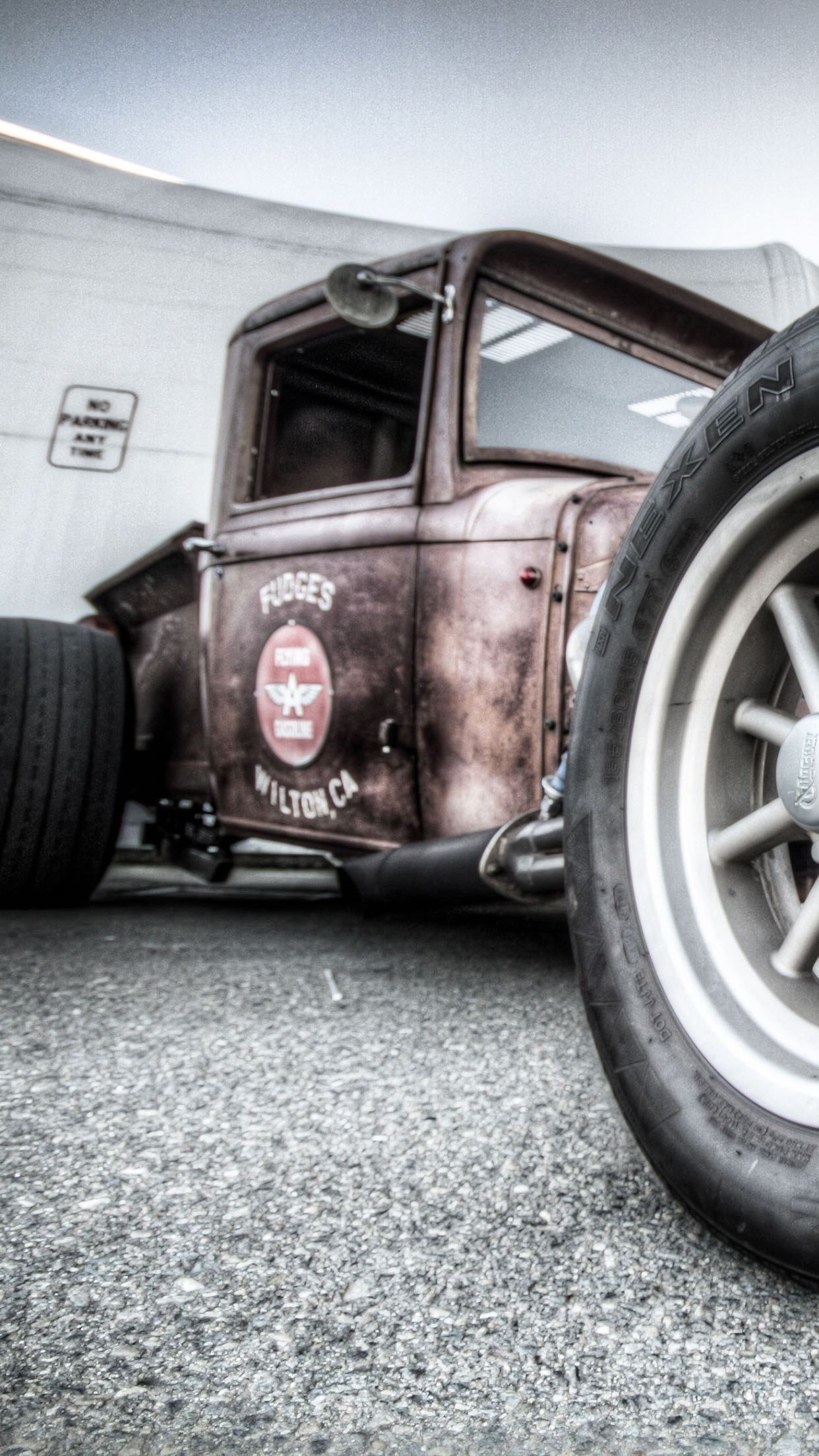Hot Rod Brown 3Wallpapers iPhone Parallax Hot Rod Brown