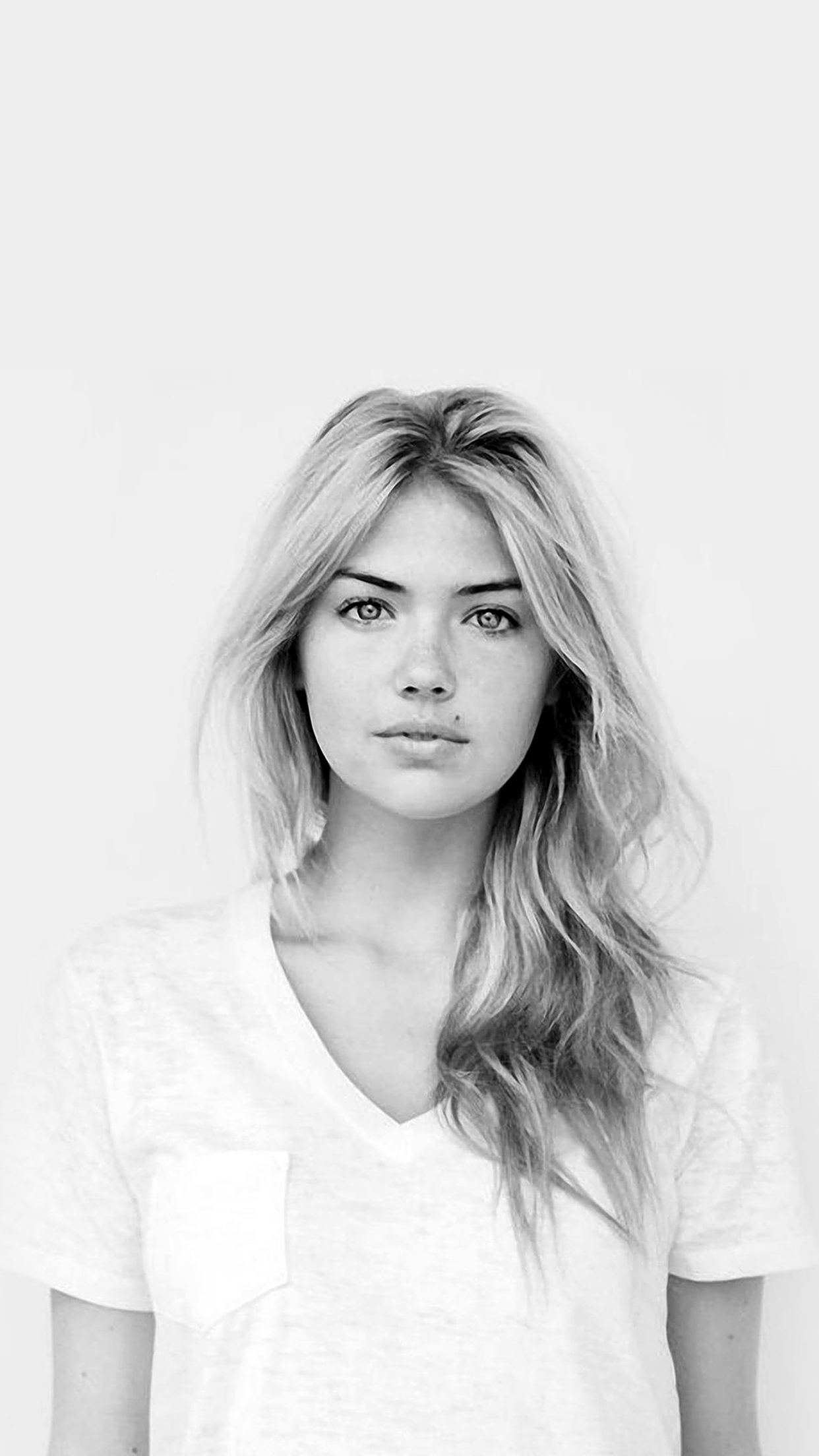 Kate Upton BW iPhone 3Wallpapers Parallax Kate Upton B&W