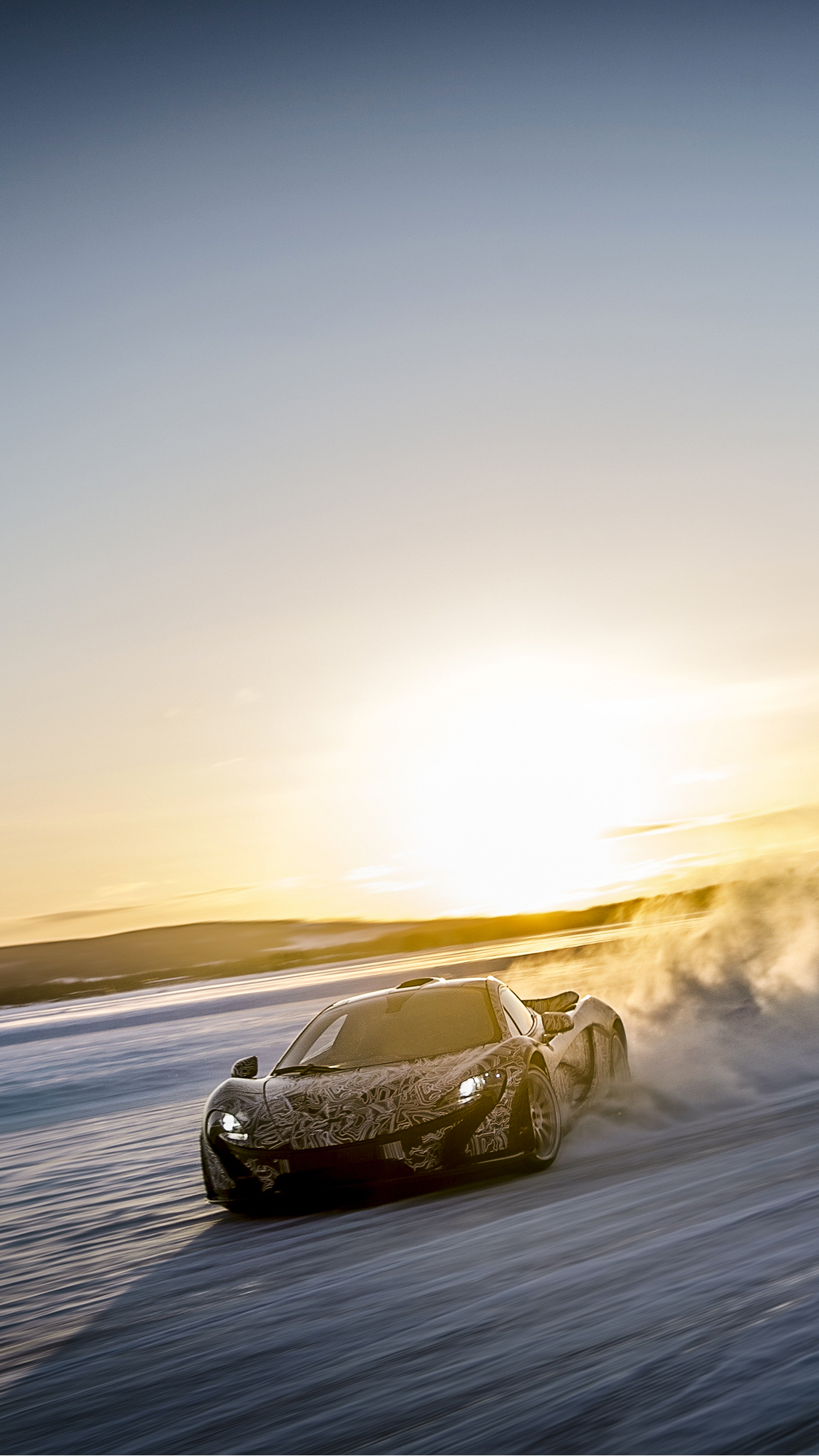McLaren P1 Winter iPhone 3Wallpapers Parallax McLaren P1 Winter